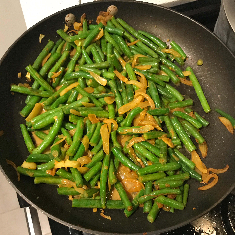 Green Bean Curry Ilya Makarovskiy