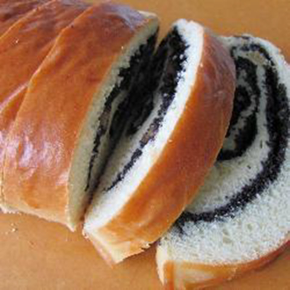 Russian Poppy Seed Roll Anonymous