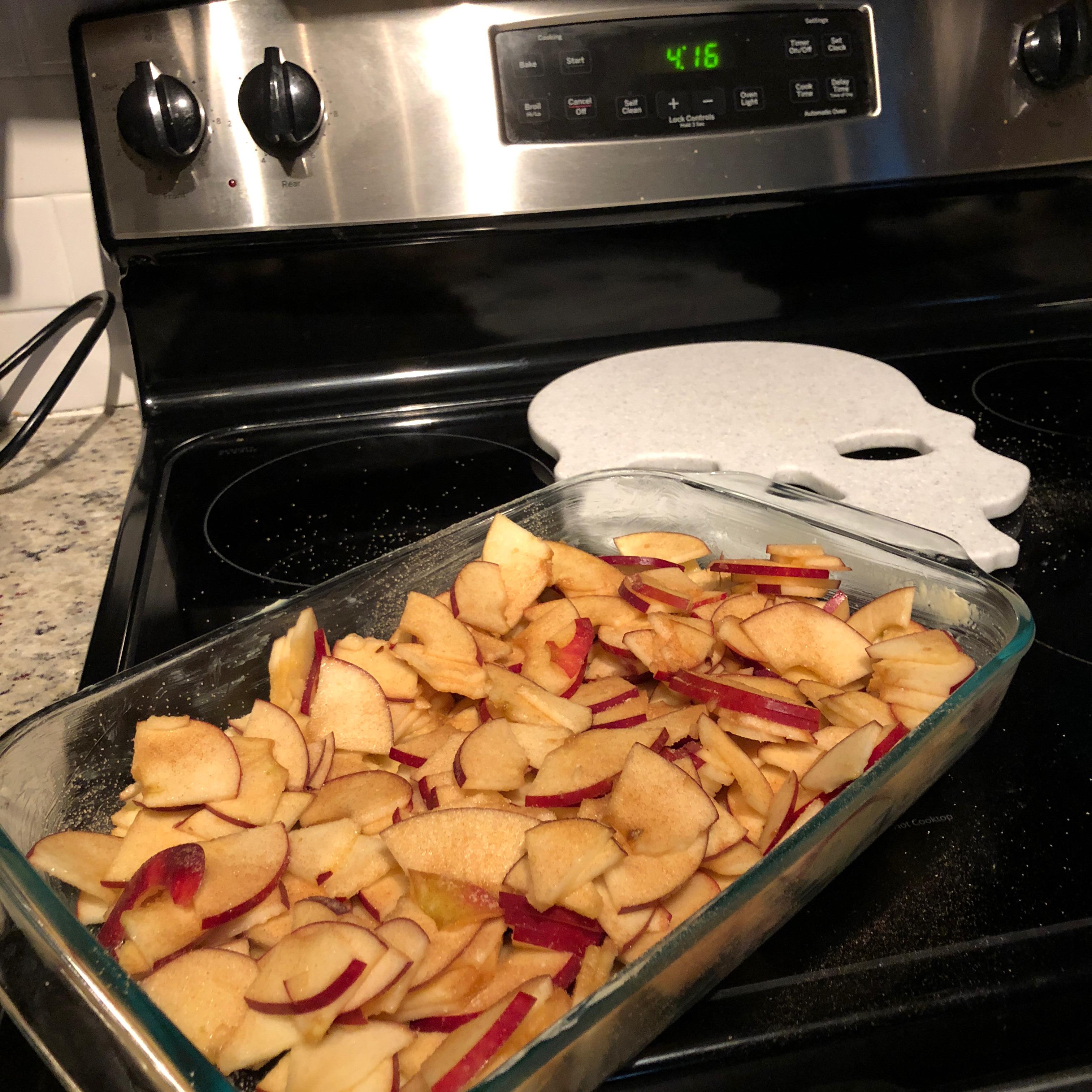 Delicious Cinnamon Baked Apples elizabeth