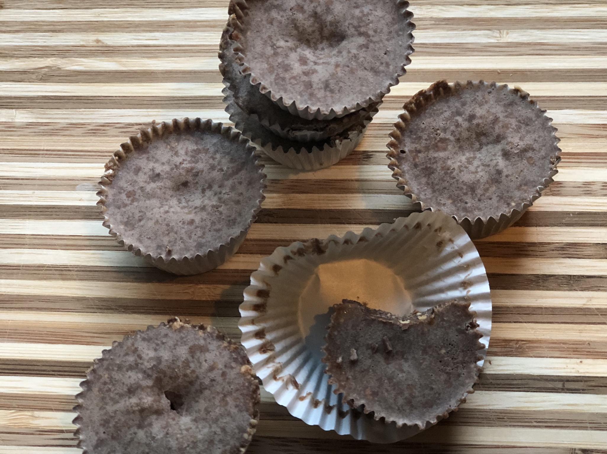 Dairy-Free Keto and Vegan Chocolate Fat Bombs Fioa