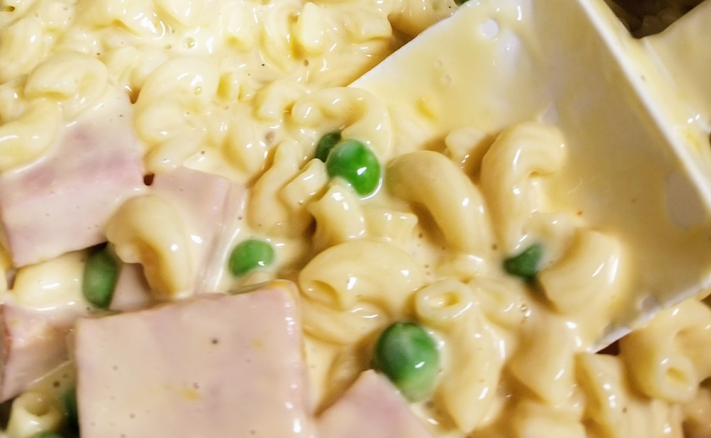 Instant Pot® Mac and Cheese with Ham and Peas Wendy F