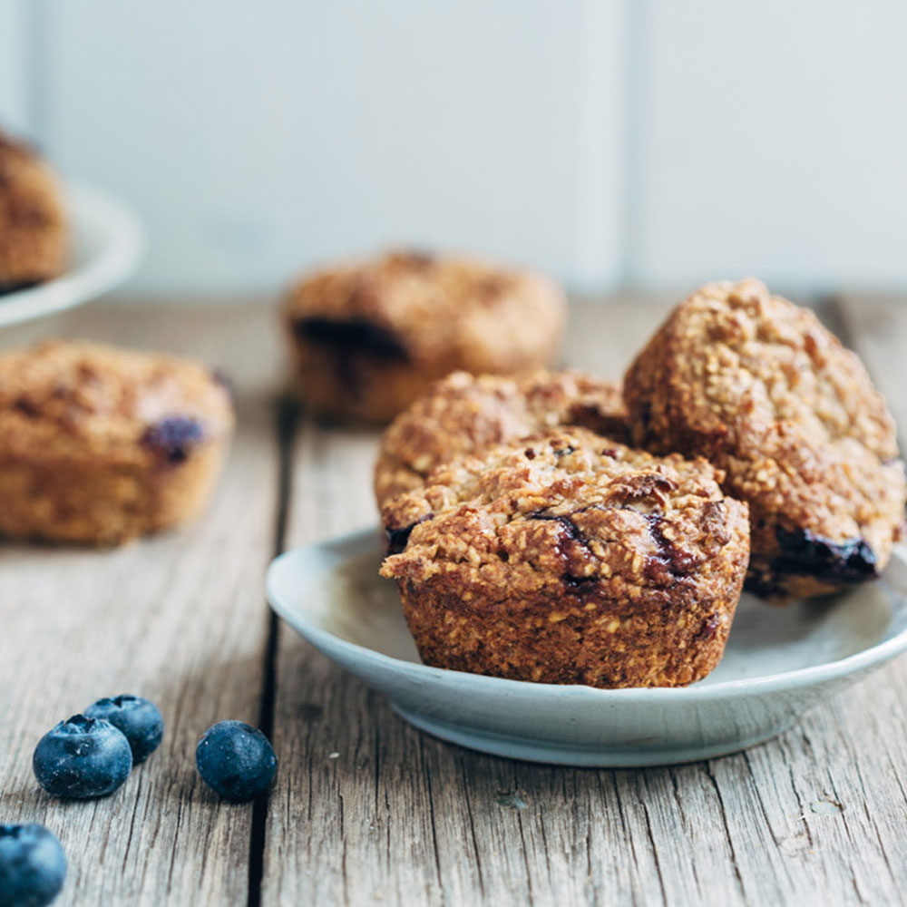 Fluffy Low-Fat Vegan Blueberry Muffins