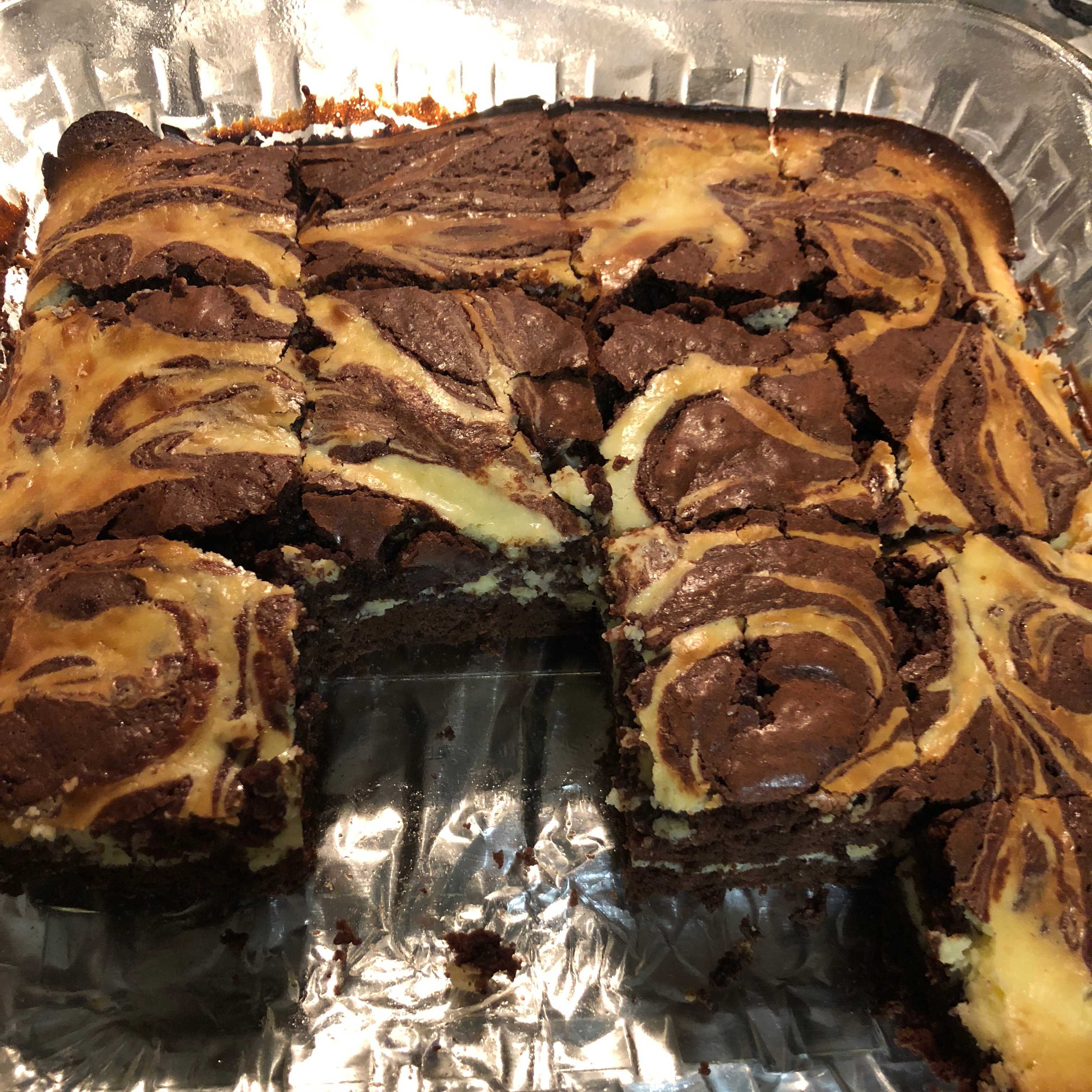 Chunky Cheesecake Brownies hamy602