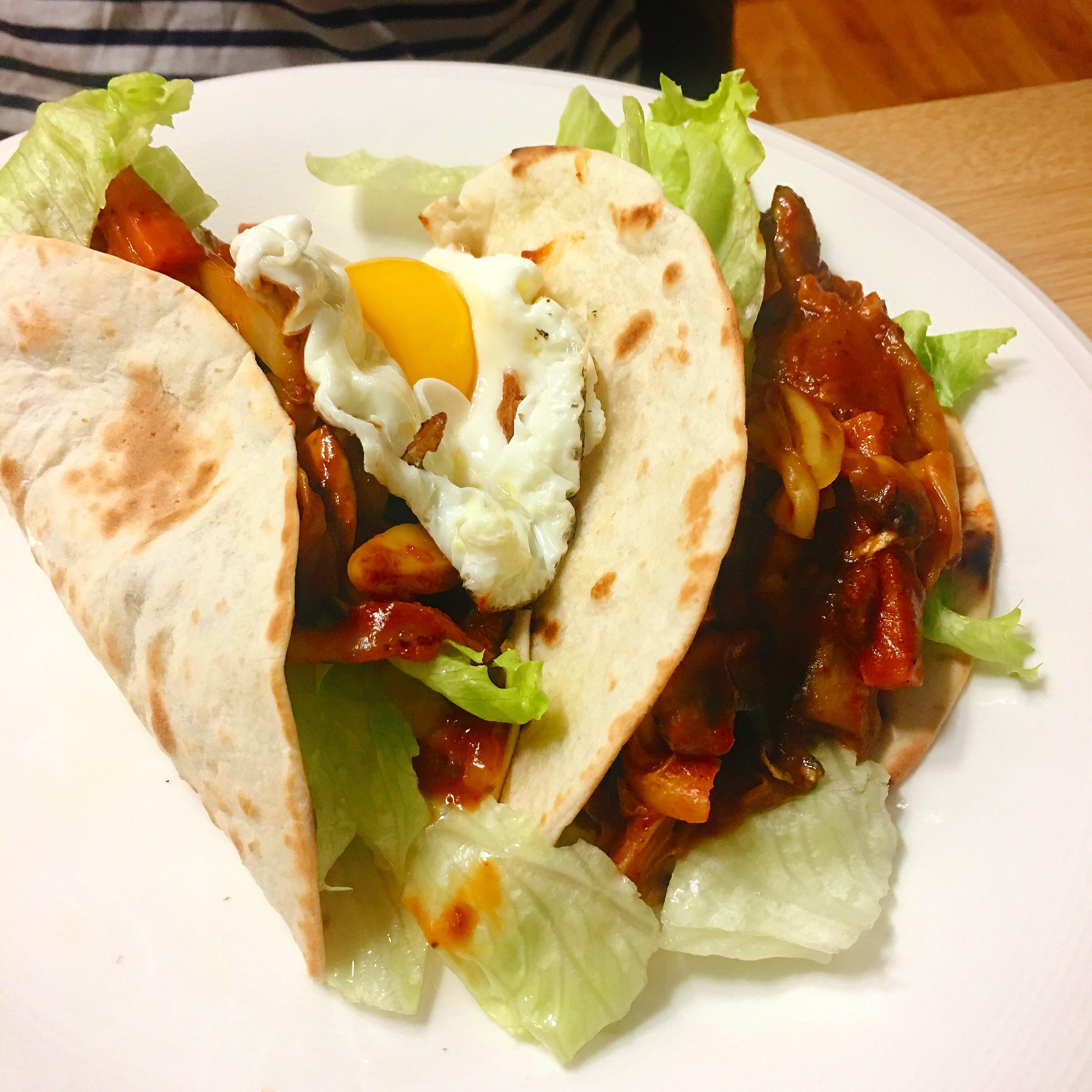 Mushroom and Onion Vegetarian Tacos PJpipii