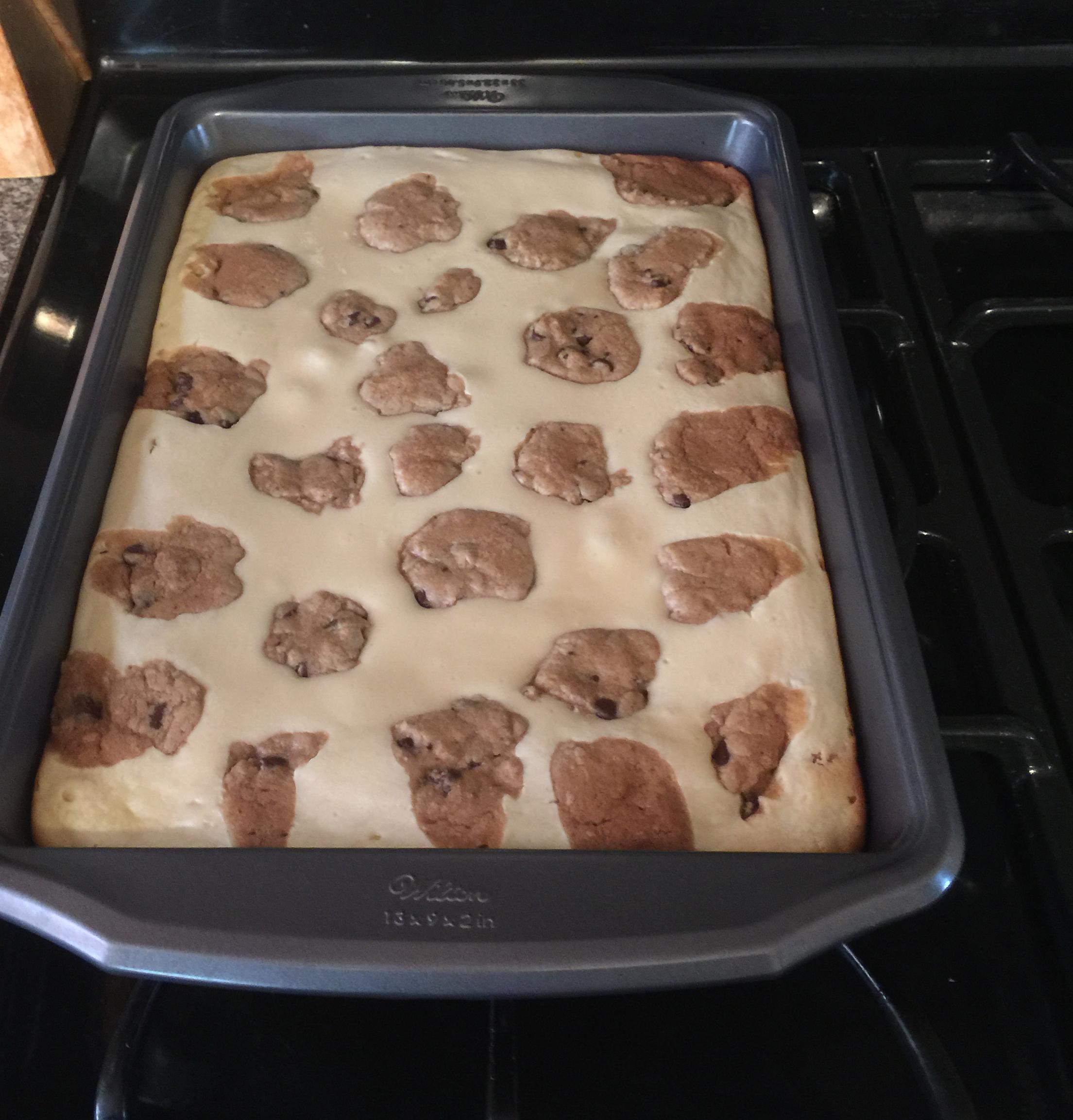 Easy Chocolate Chip Cookie Dough Cheesecake DuShaun
