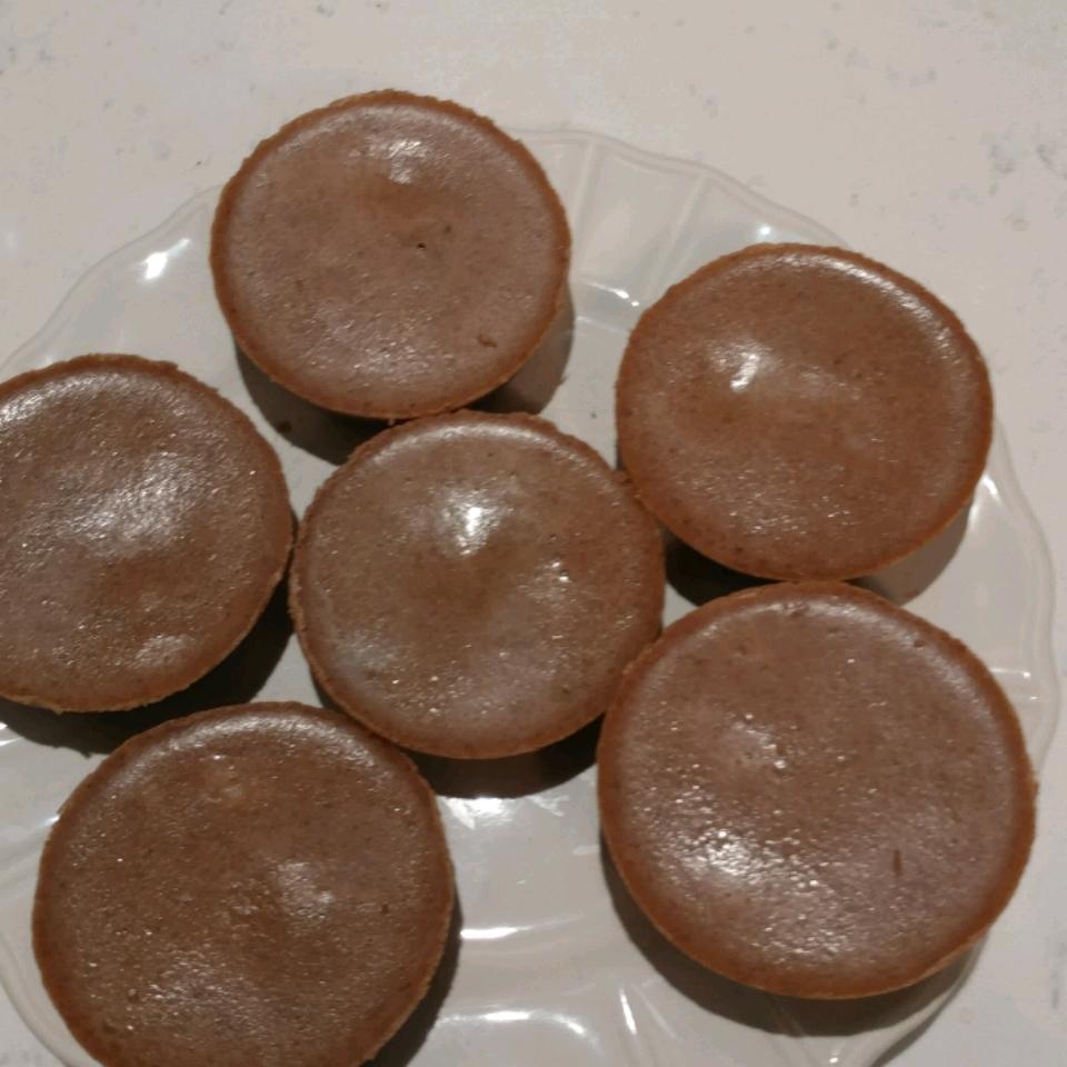 Chocolate-Peanut Butter Keto Cups