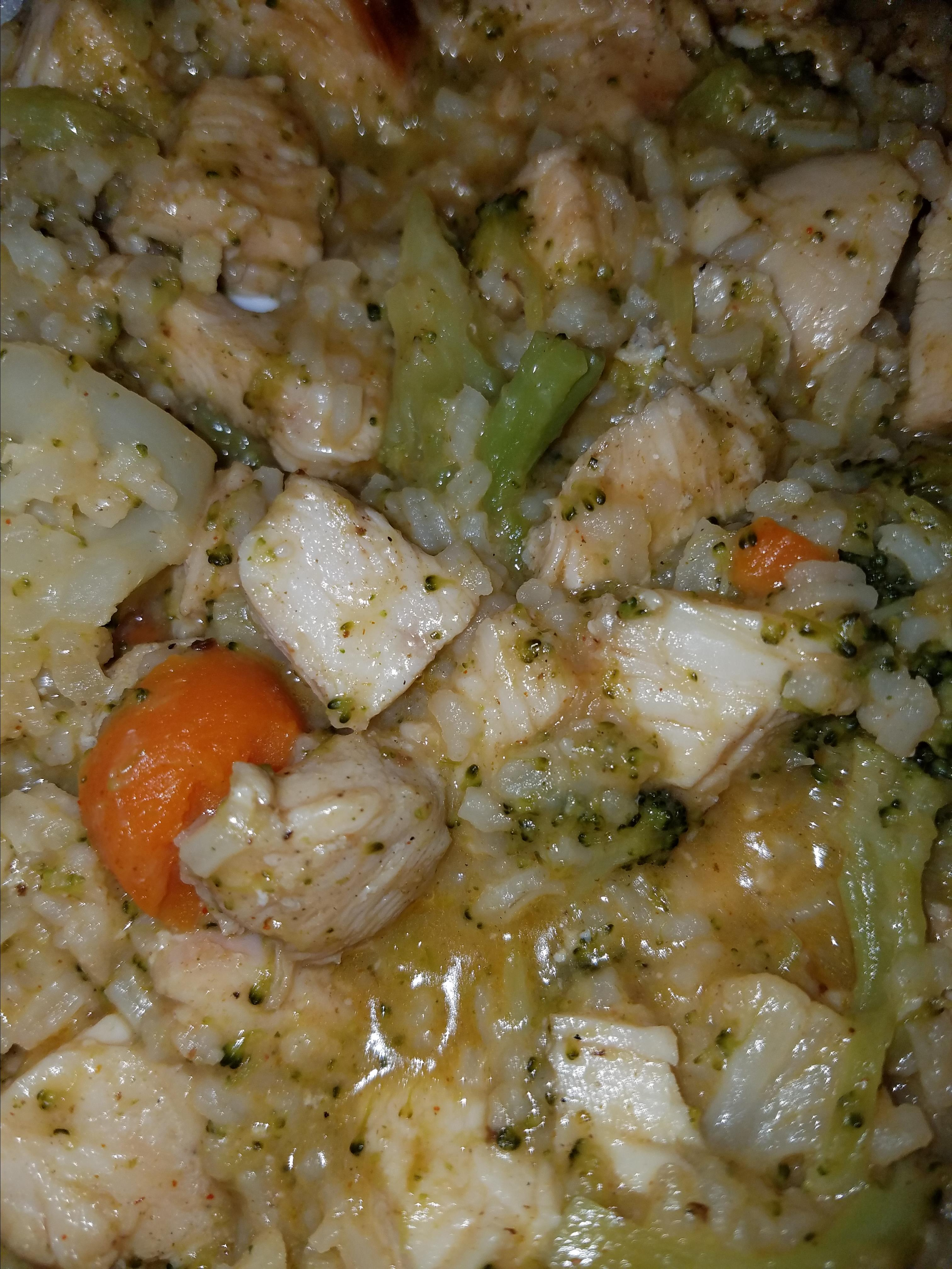 Garlic Chicken, Vegetable and Rice Skillet Candace Pritchett