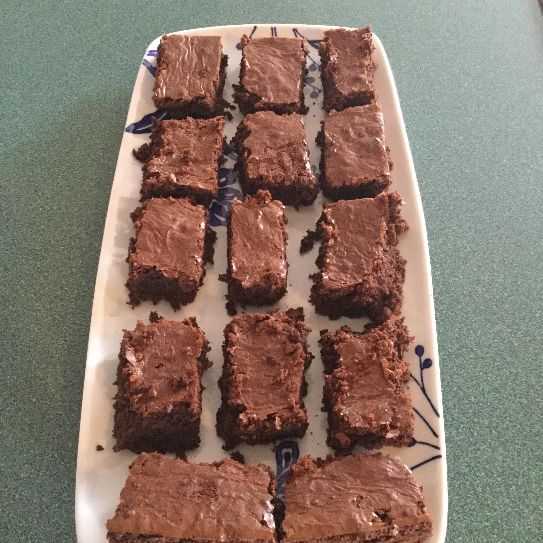 MMMMM... Brownies Monica Stein