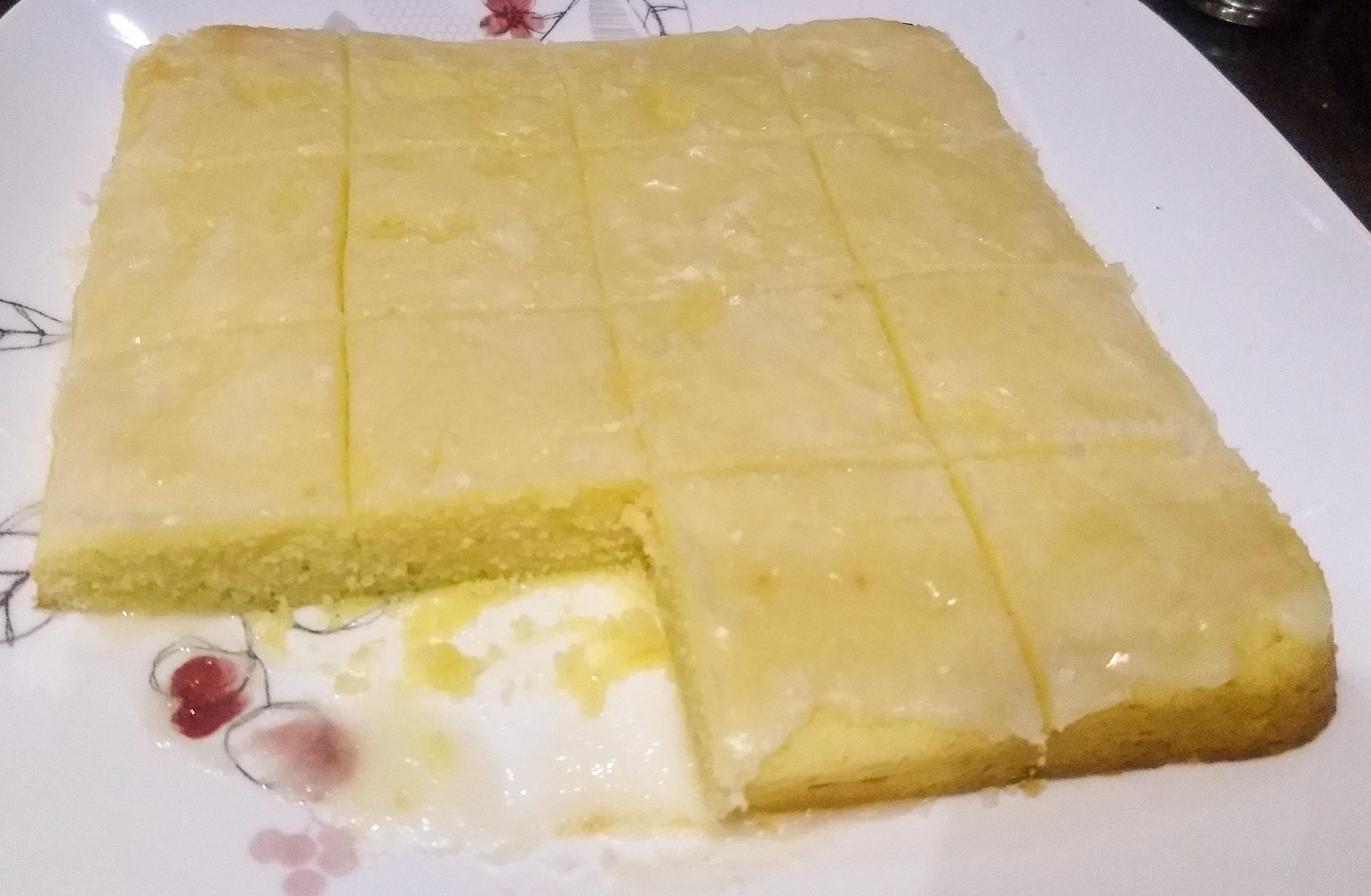 Lemon Gold Cake Preethaa Poppy