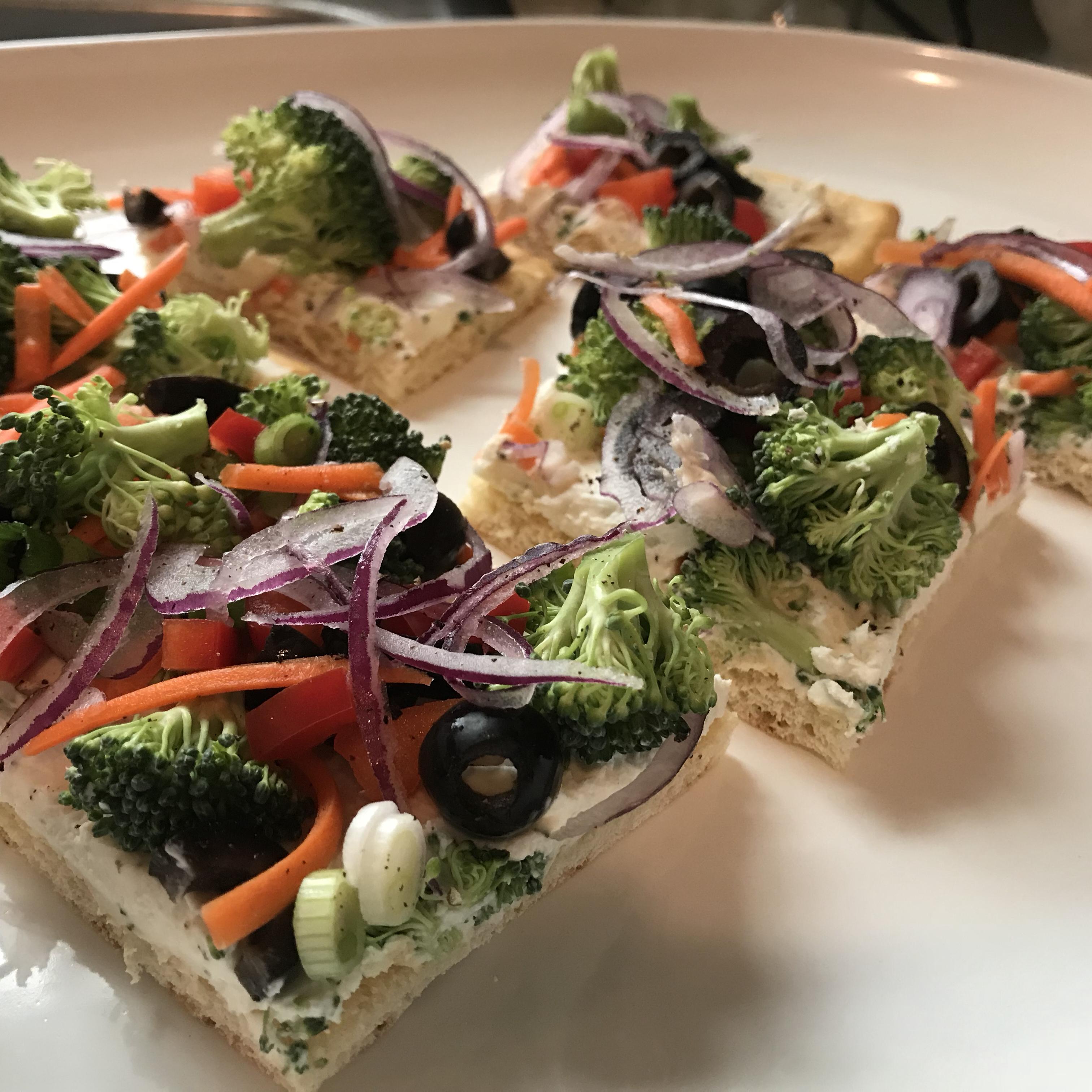 Garden Veggie Pizza Squares Trisha