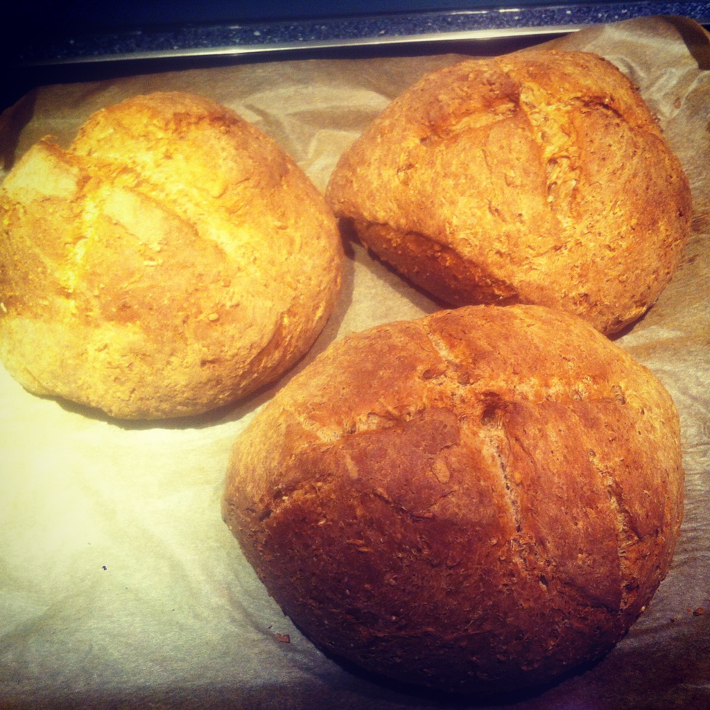 Dee's Health Bread Umide Sacoor