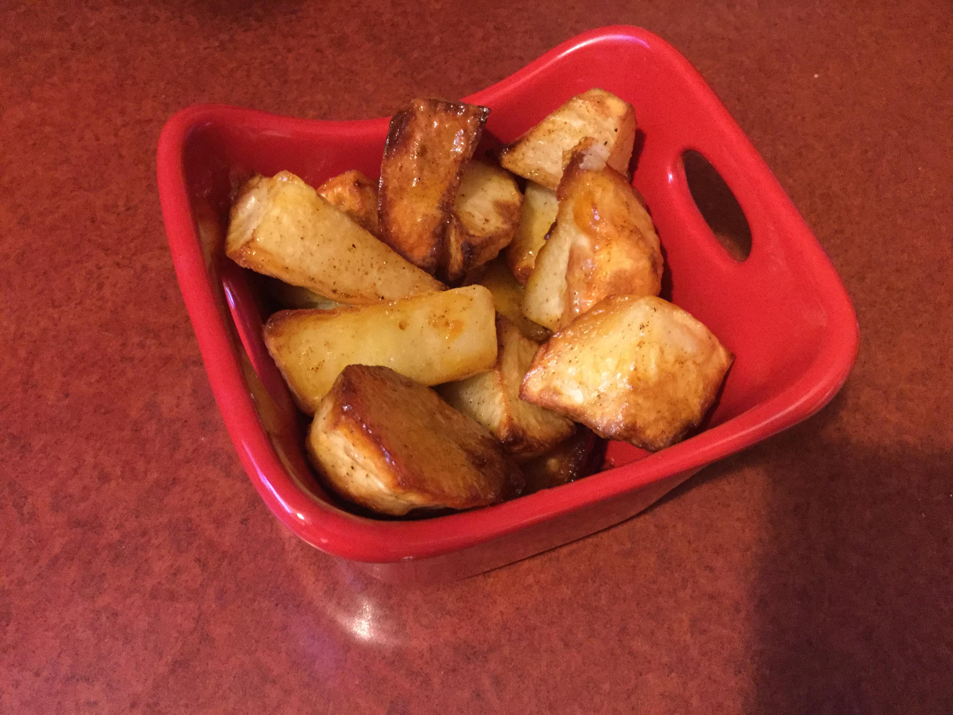 Amazing Oven Roasted Potatoes manella
