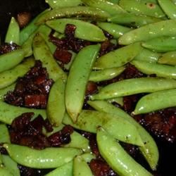 Bacon and Balsamic Glazed Sugar Snap Peas roxz