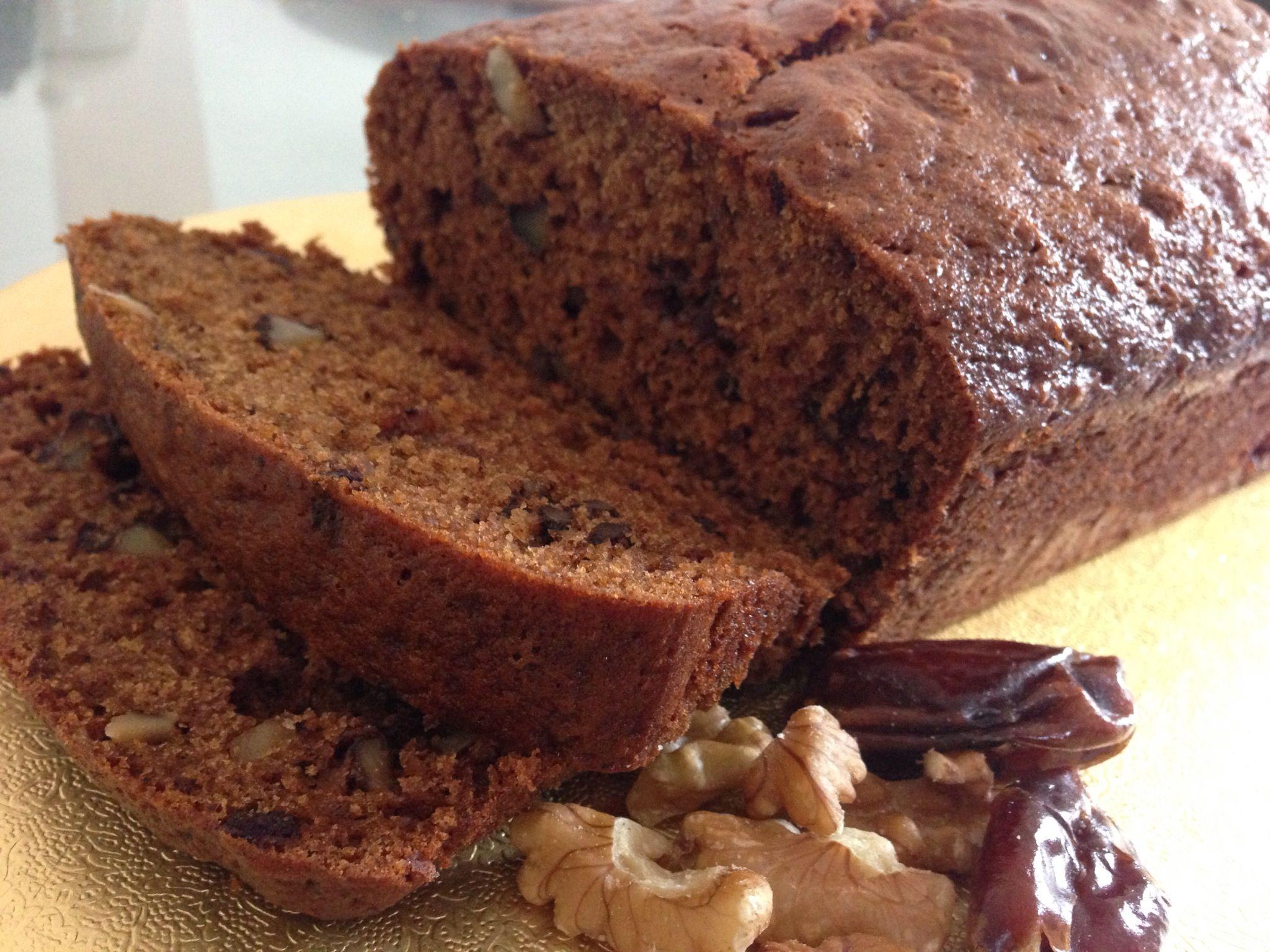 British Date and Walnut Loaf Cake