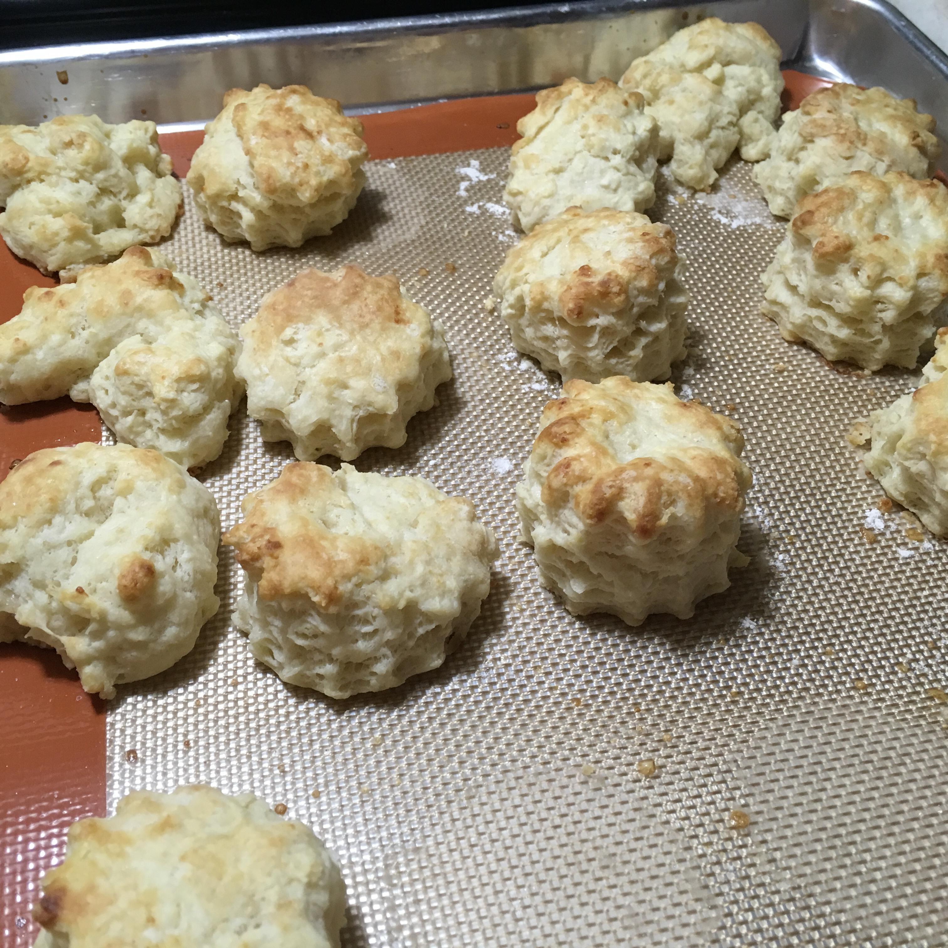 Chef John's Buttermilk Biscuits dineeca