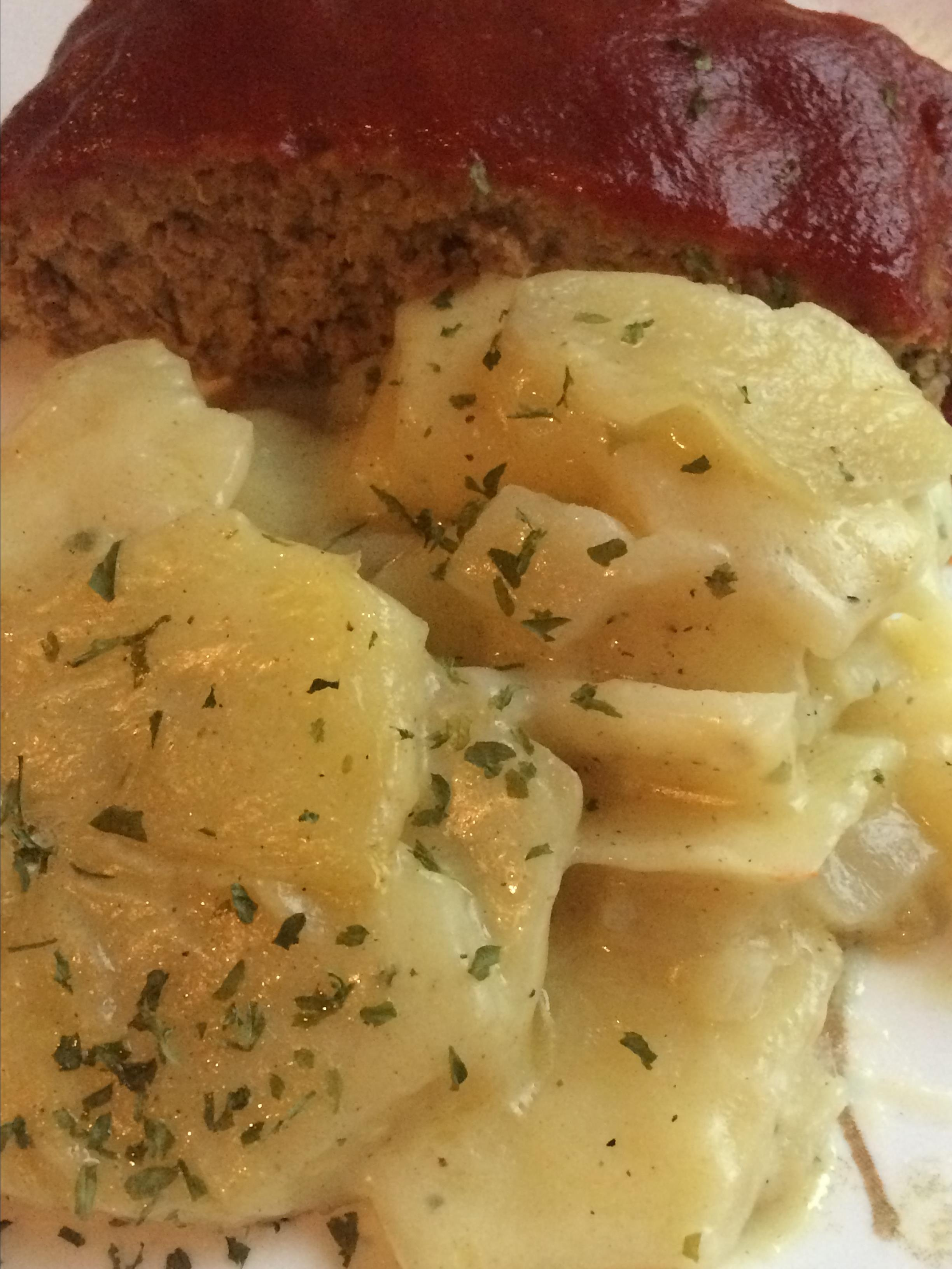 Herbed Scalloped Potatoes and Onions BusyBeeTami