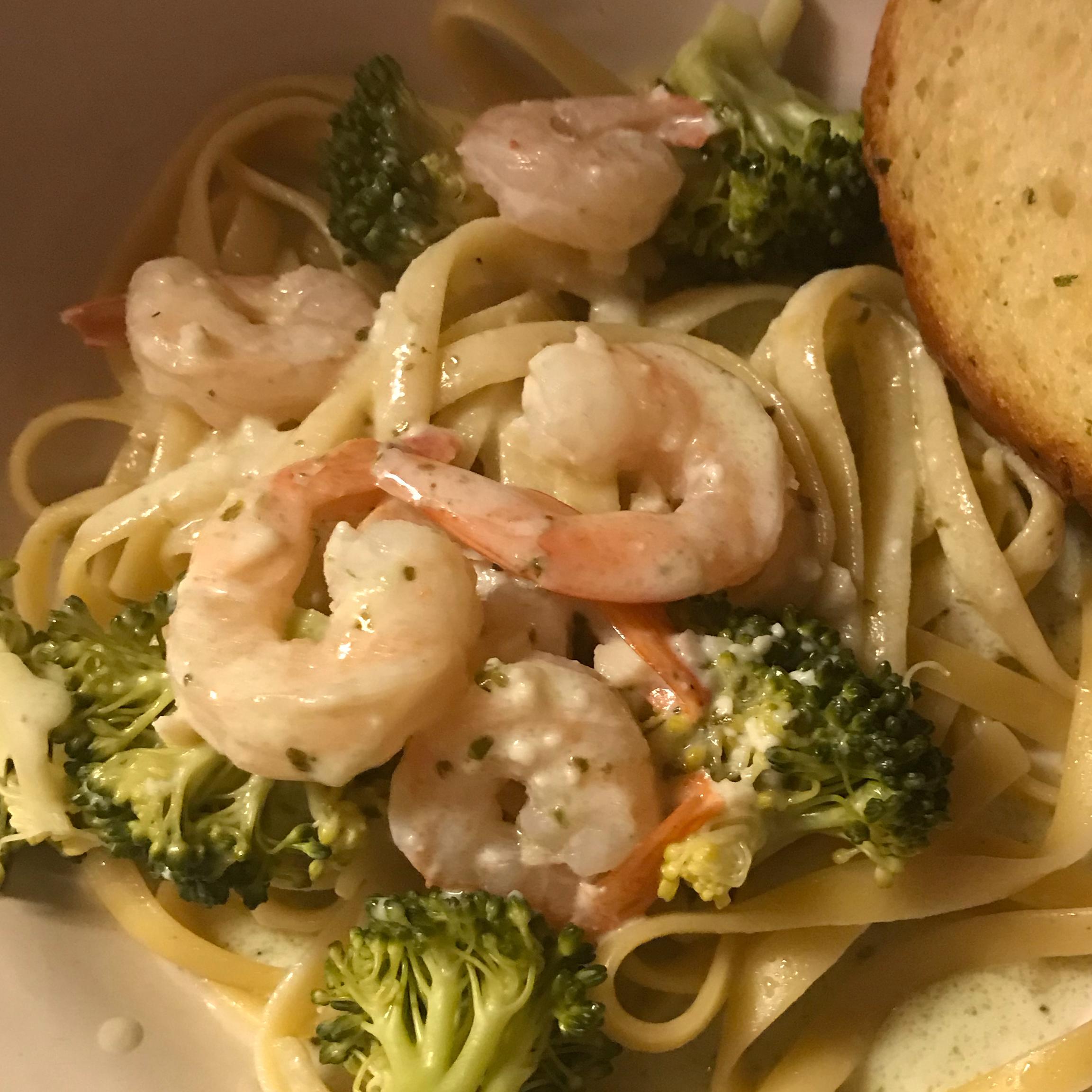 Angel Hair Pasta with Garlic Shrimp and Broccoli