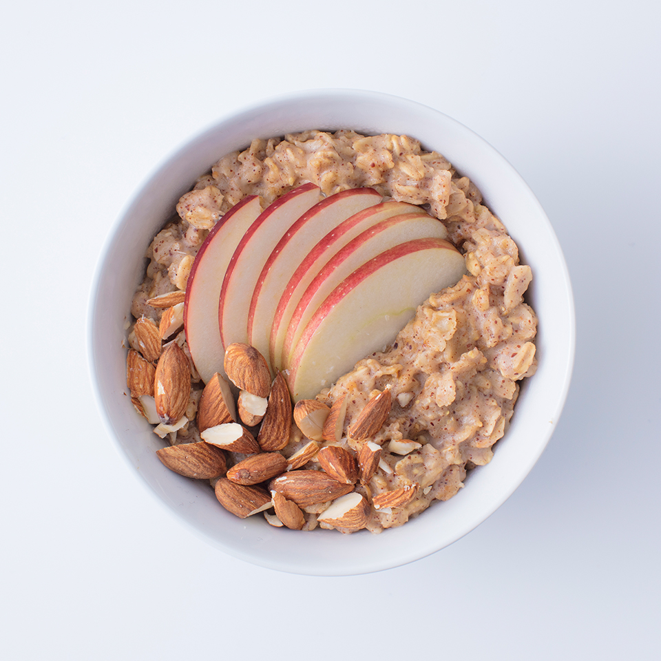 Oats and Spicy Nut Butter with Apples