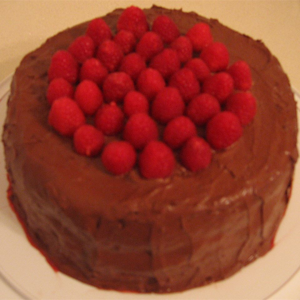 Deep Chocolate Raspberry Cake vegigrl