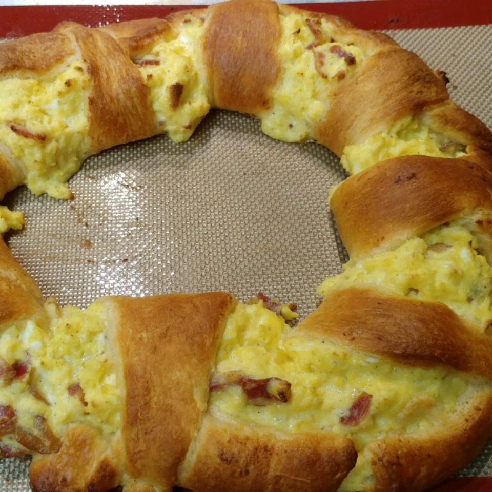 Corned Beef Hash Egg Crescent Ring
