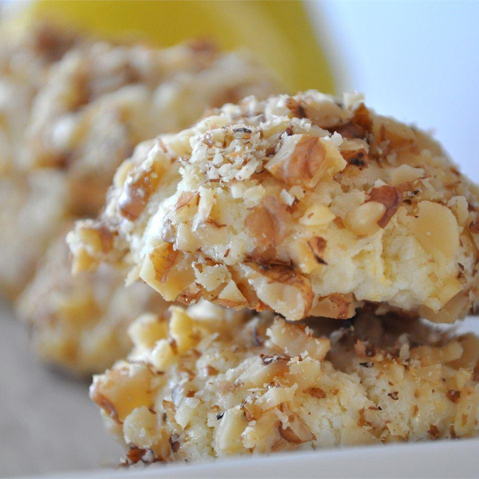Lemon Nut Cookies C. Wayne