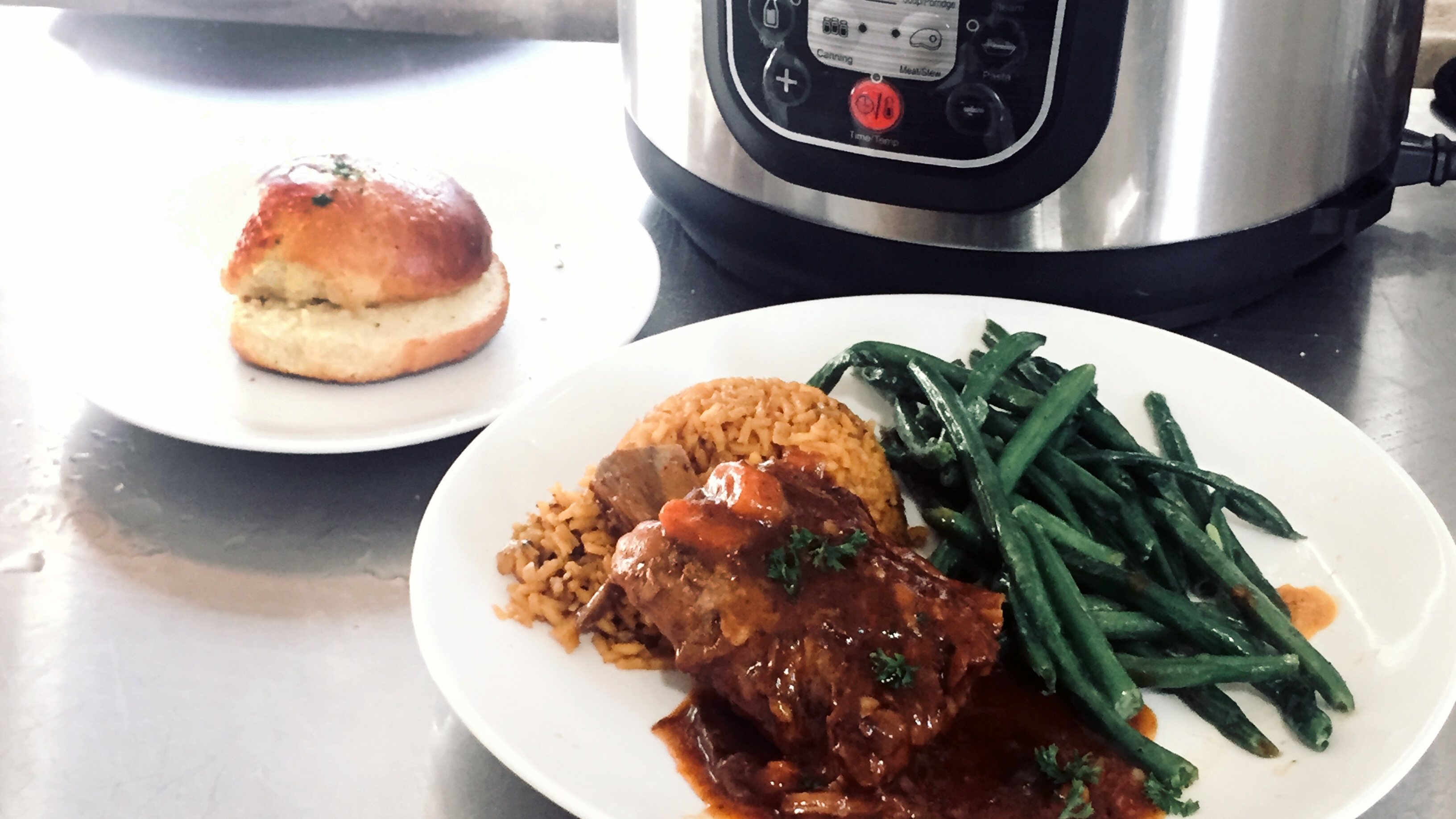 Electric Pressure Cooker Short Ribs
