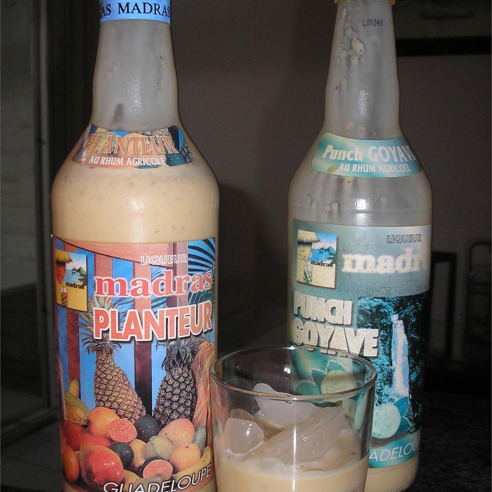 Trinidad's Ponche-de-Creme (Punch with Cream) islandmama78