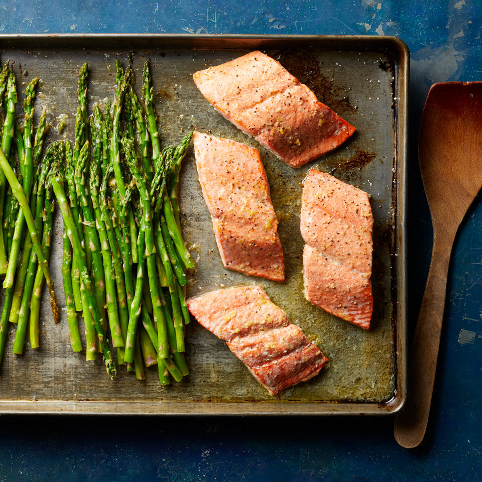 Looking for a recipe to help you eat more heart-healthy fish and veggies? Add this salmon and asparagus dinner to your rotation. Not only is it healthy and delicious, this sheet-pan dinner is also easy to make and a breeze to clean up. Source: EatingWell.com, February 2018