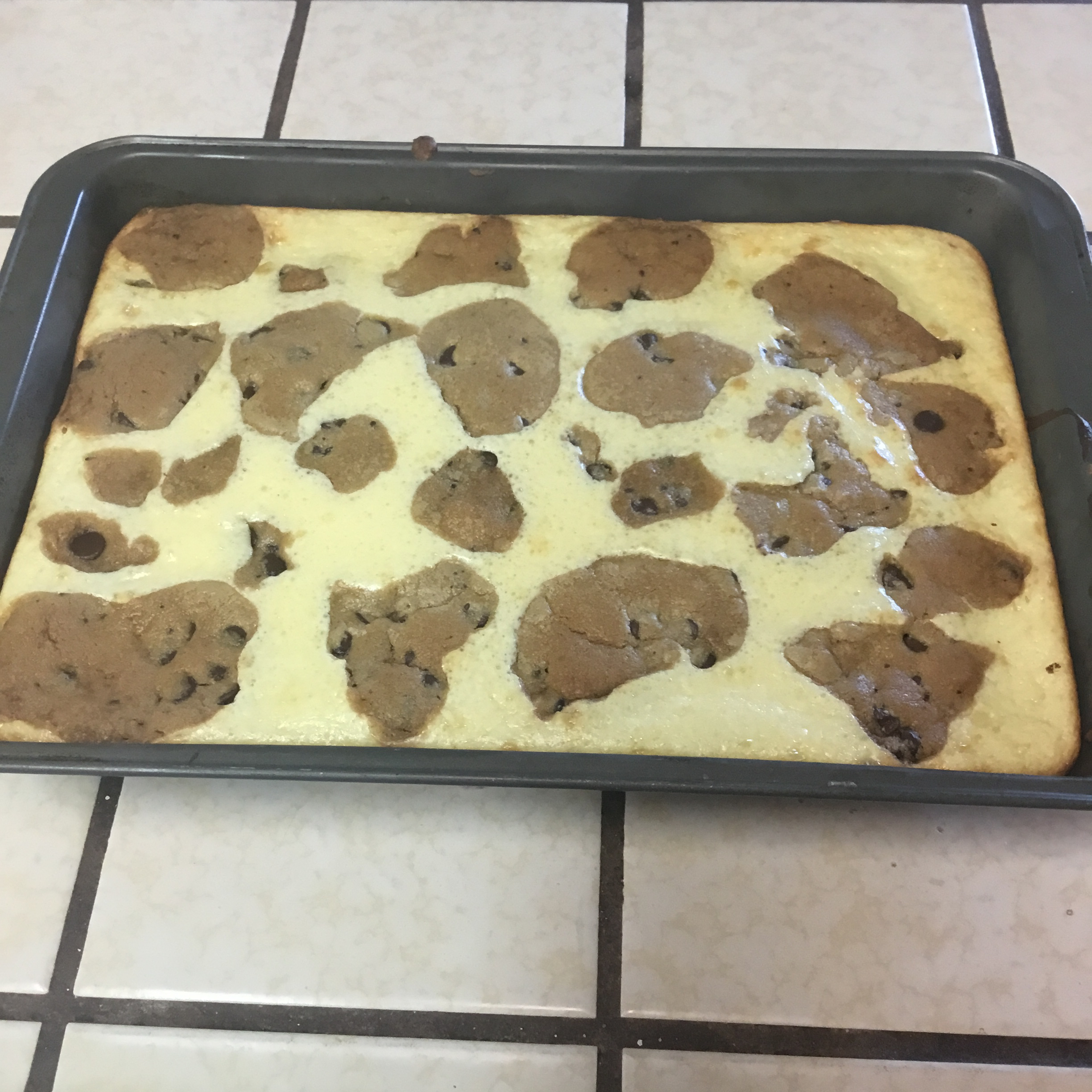 Easy Chocolate Chip Cookie Dough Cheesecake