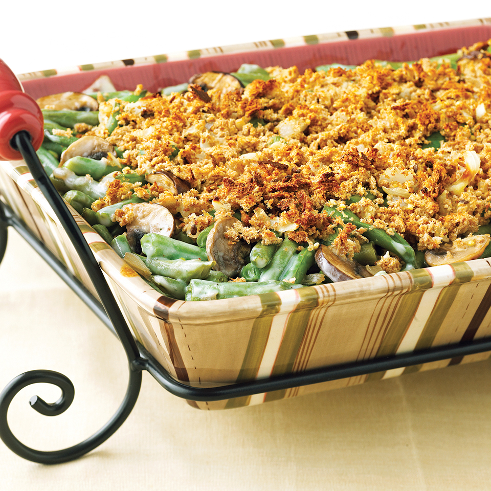 A slimmed-down white sauce makes this creamy green bean casserole side dish recipe low fat.