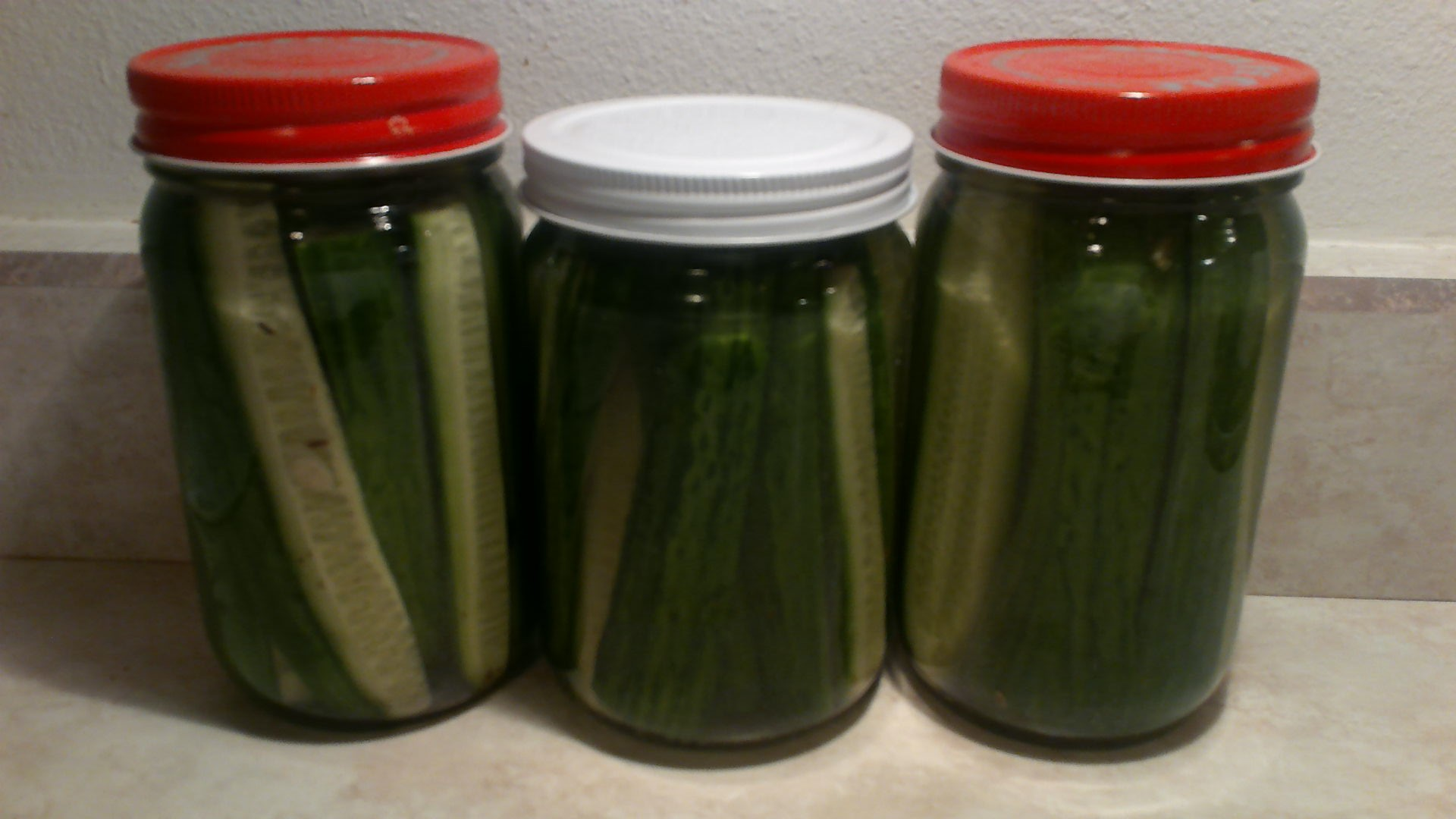 Spicy Refrigerator Dill Pickles sunshine