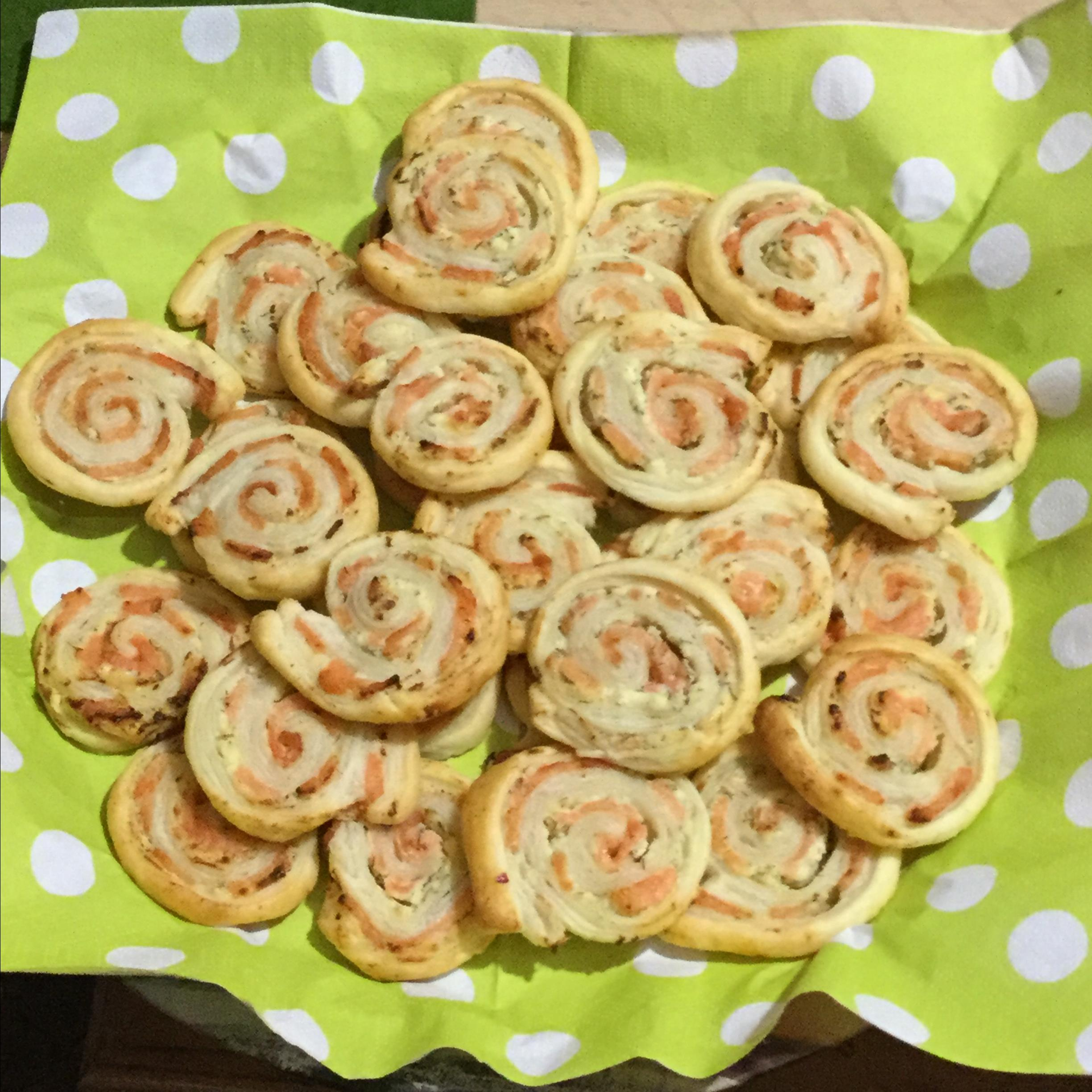 Puff Pastry Pinwheels with Smoked Salmon and Cream Cheese