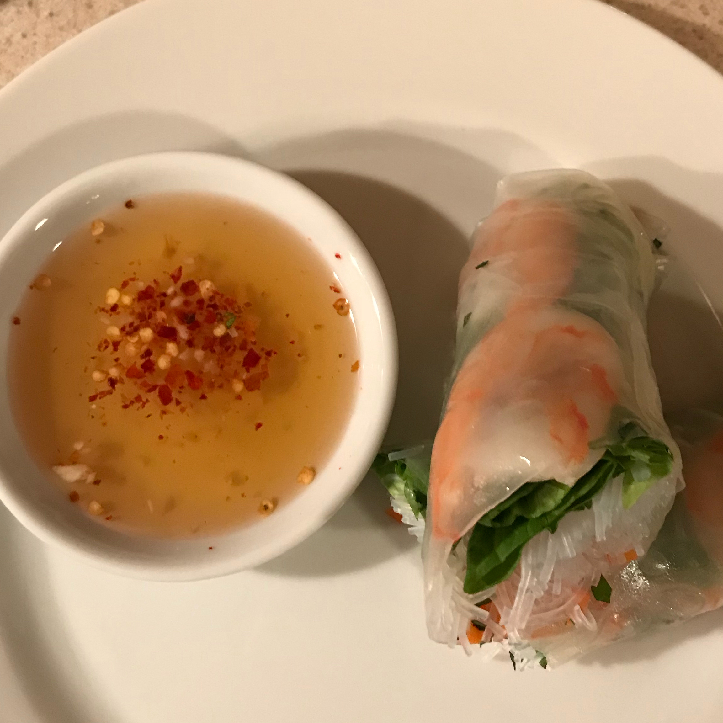 Vietnamese Spring Rolls With Dipping Sauce