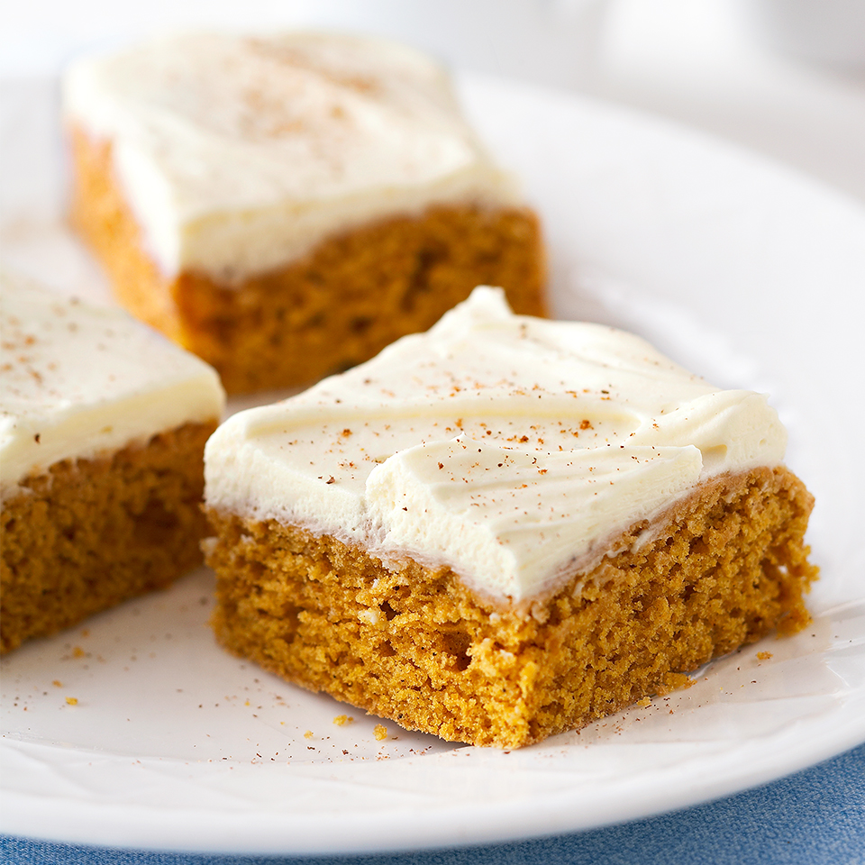 Get your pumpkin flavor fix with these diabetic-friendly Pumpkin Bars. With only 90 calories per bar, this is the perfect dessert for Thanksgiving or any Fall occasion.