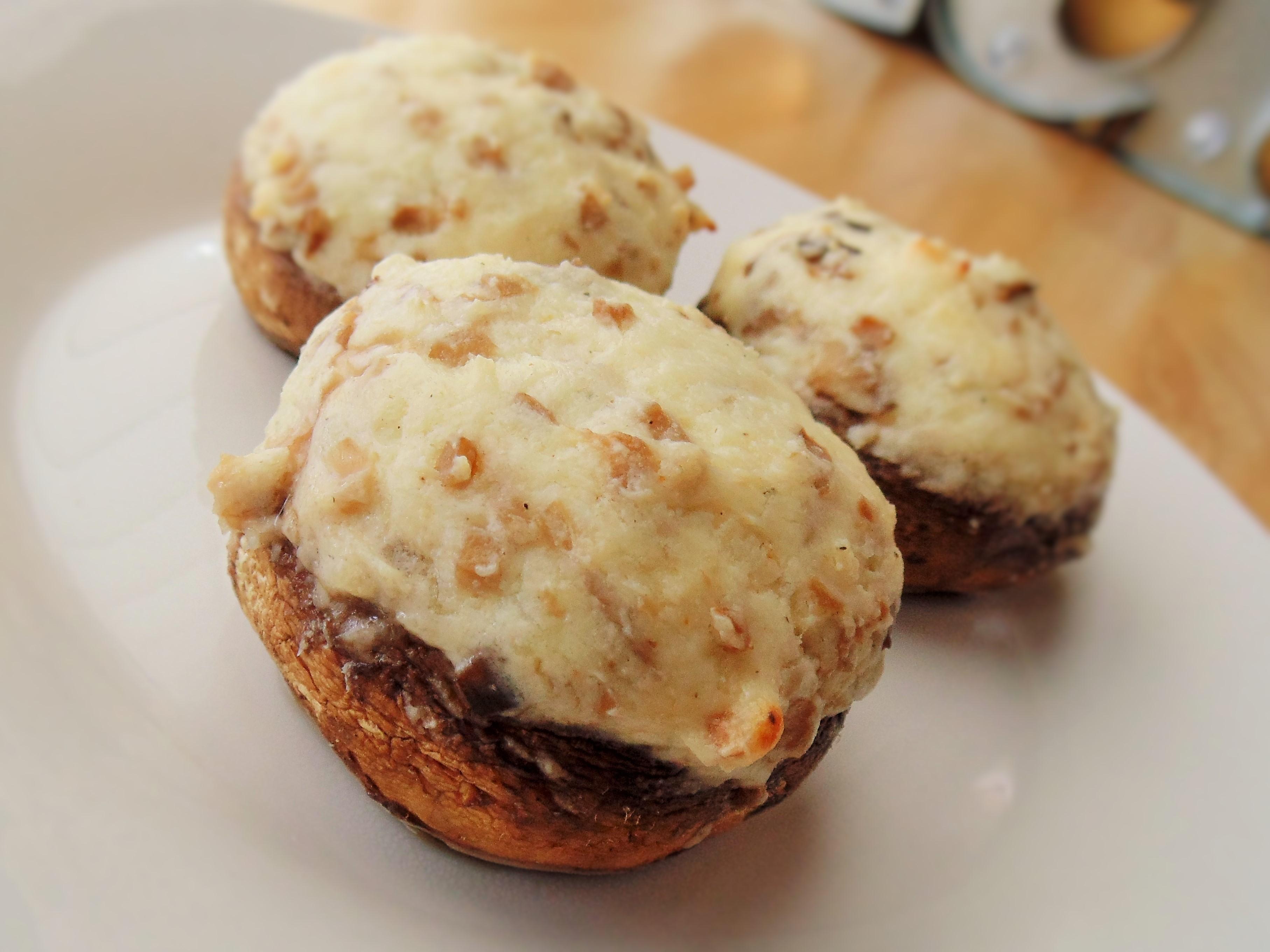 Stuffed Cream Cheese Mushrooms