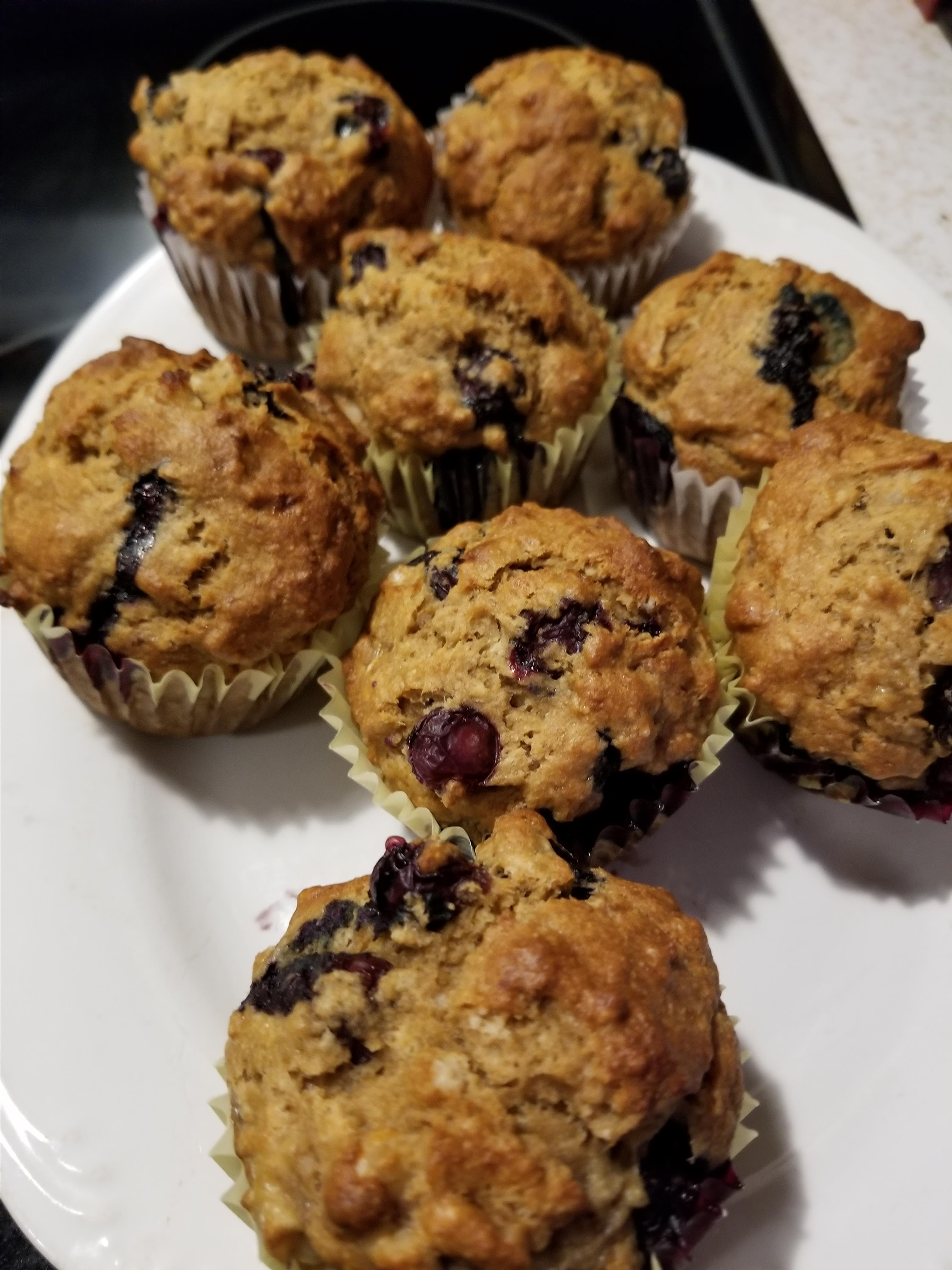 Delicious and Nutritious Whole Wheat Banana and Blueberry Muffins jan