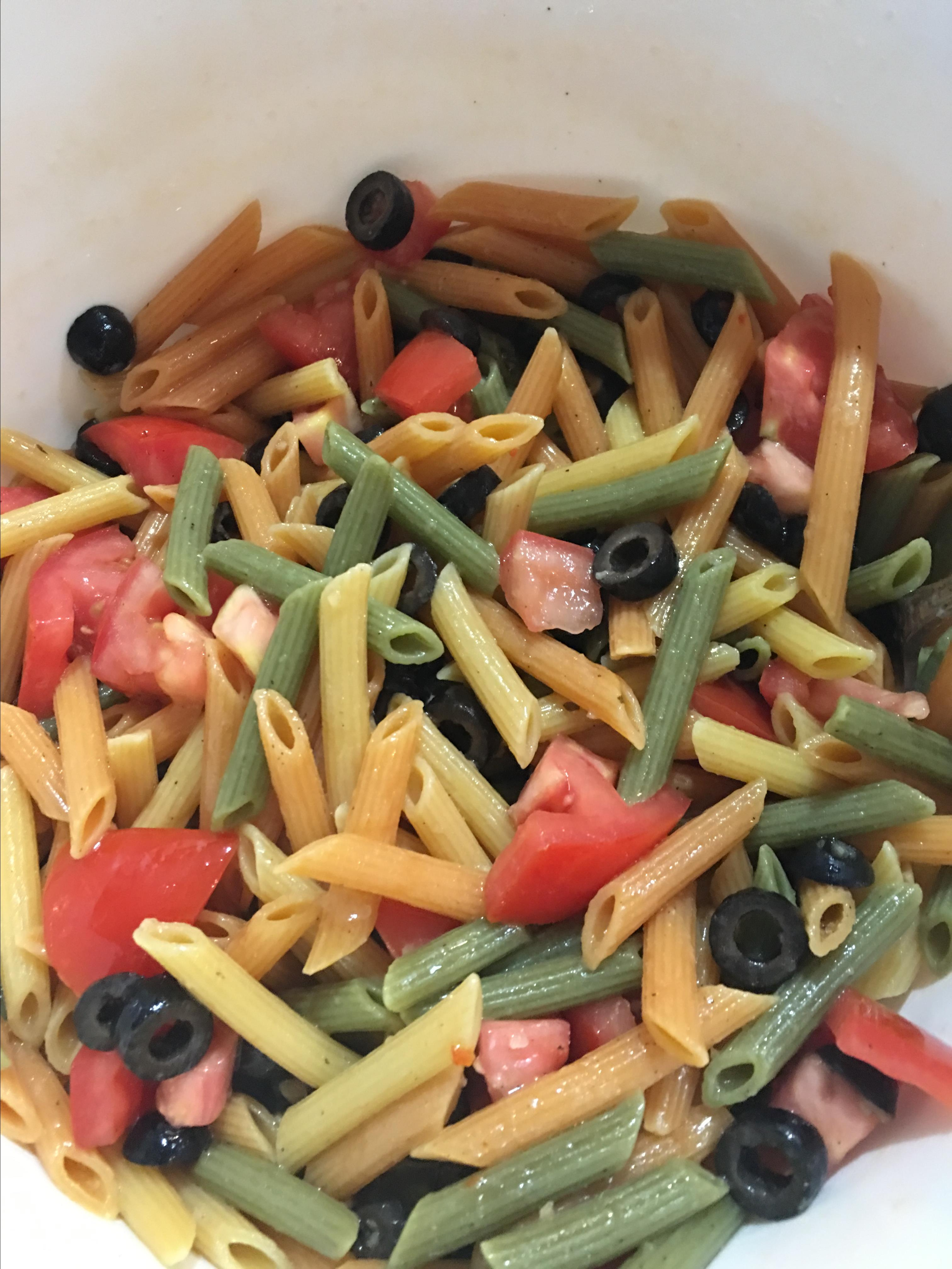Easy Olive Oil, Tomato, and Basil Pasta Tom Harman