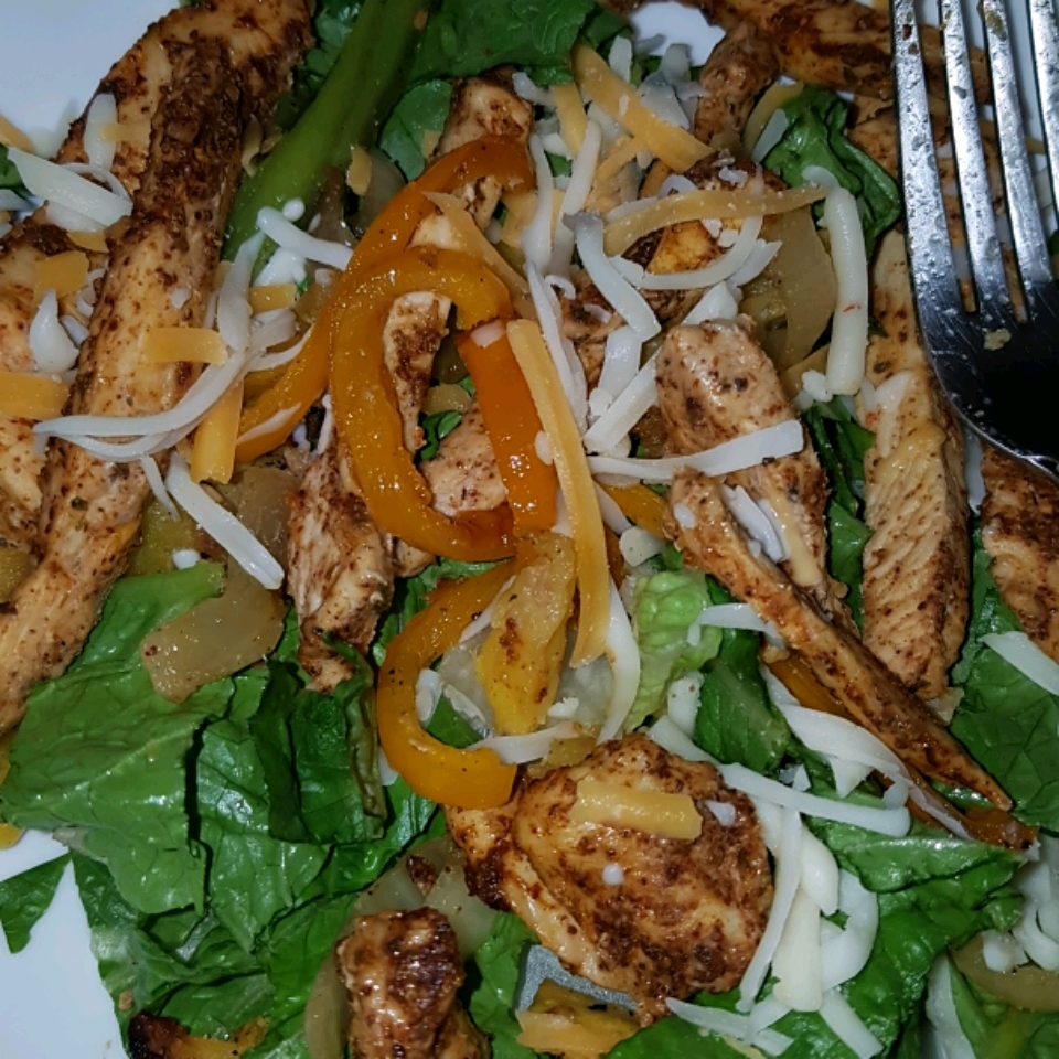 Grilled Chicken Fajita Salad