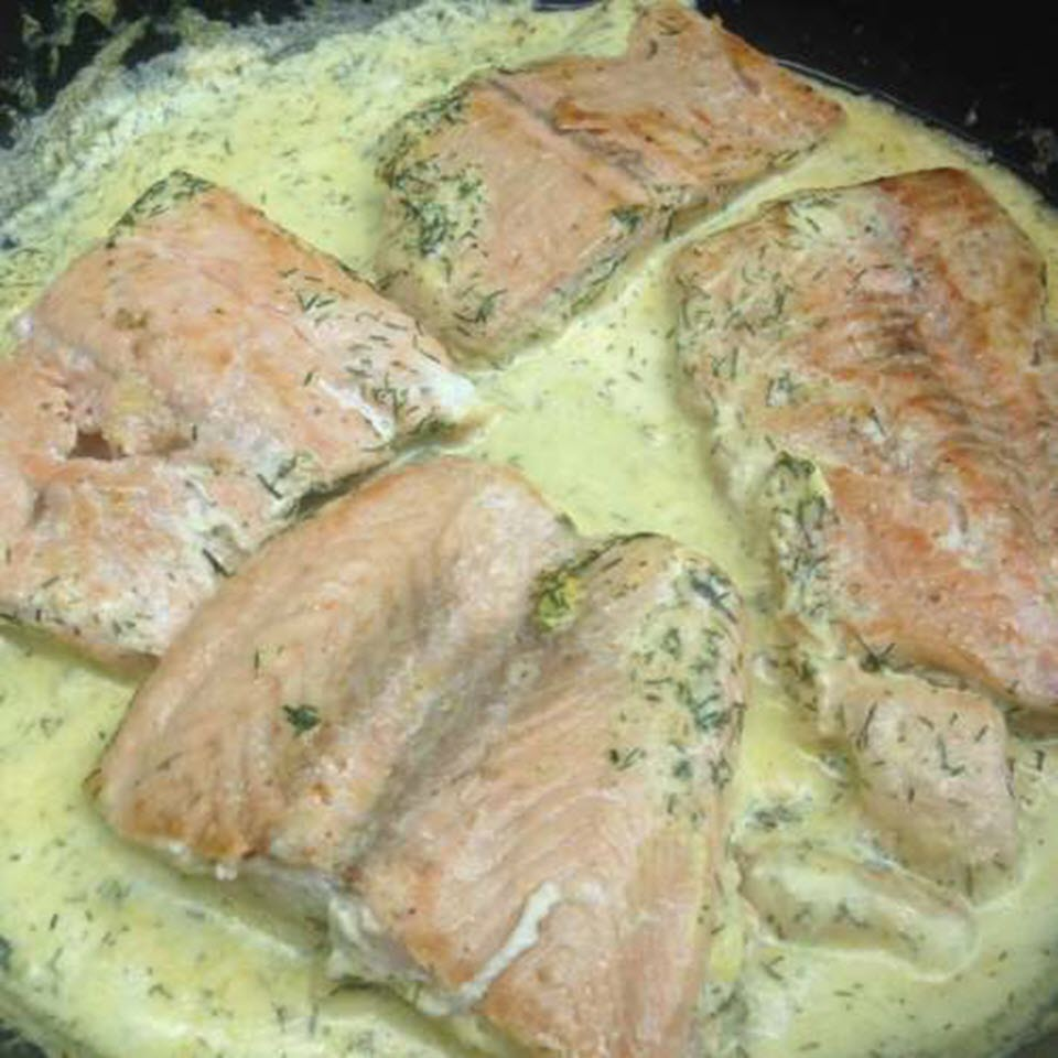 Pan-Fried Salmon with Cream-Dill Sauce Lena