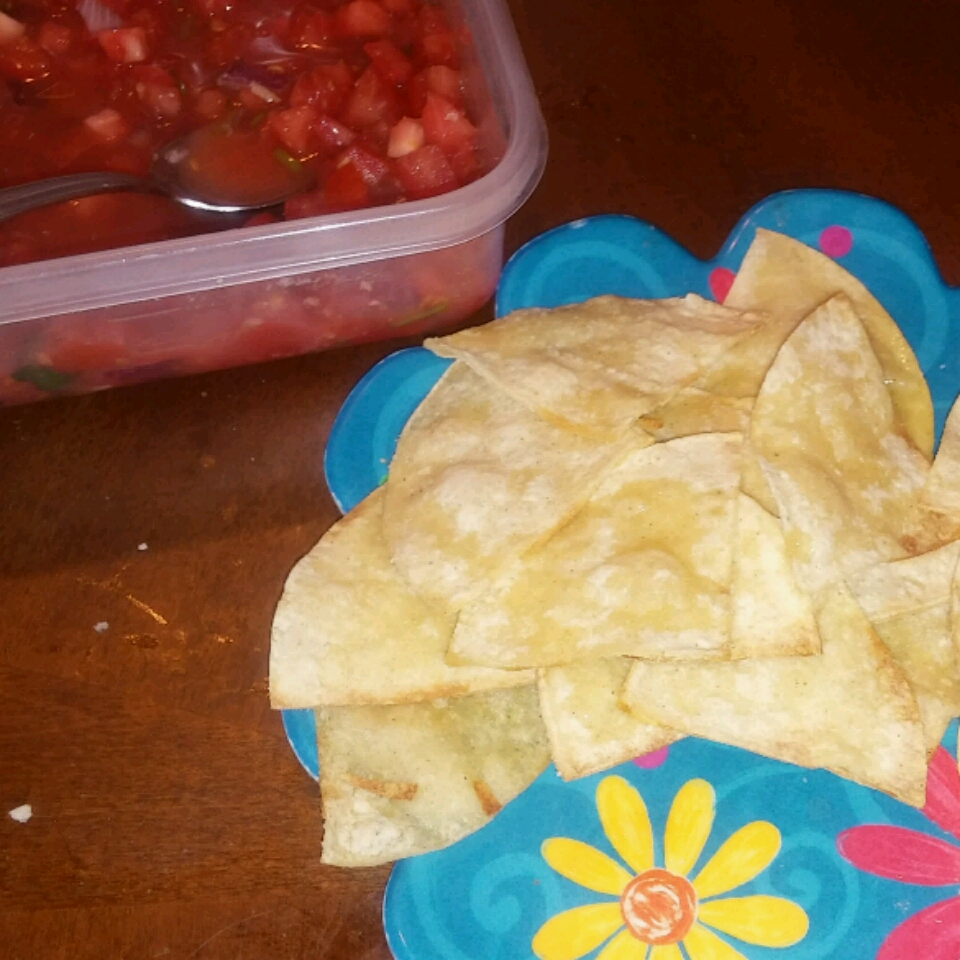 Delicious Baked Corn Chips Becky