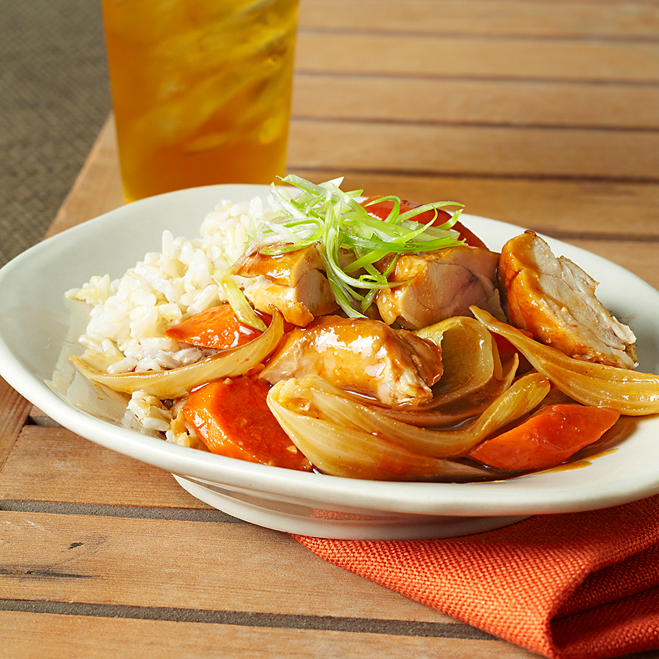 Use your slow cooker to make this delicious sweet-and-sour chicken dinner. Source: Diabetic Living Magazine