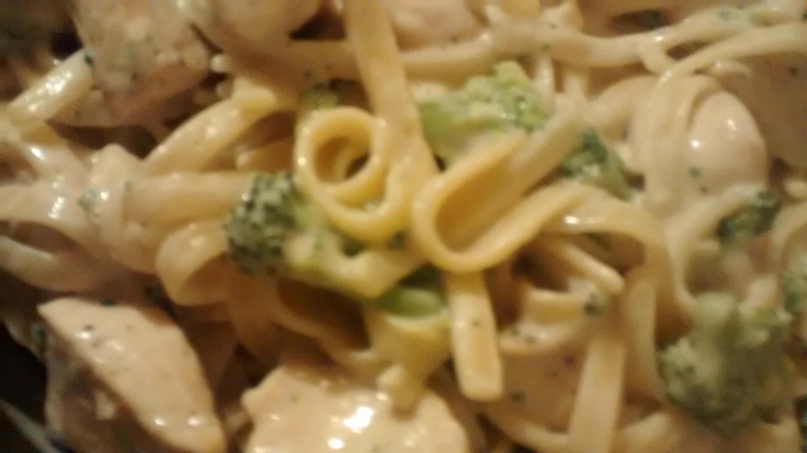 Chicken & Broccoli Alfredo with Fettuccine Trish Godwin
