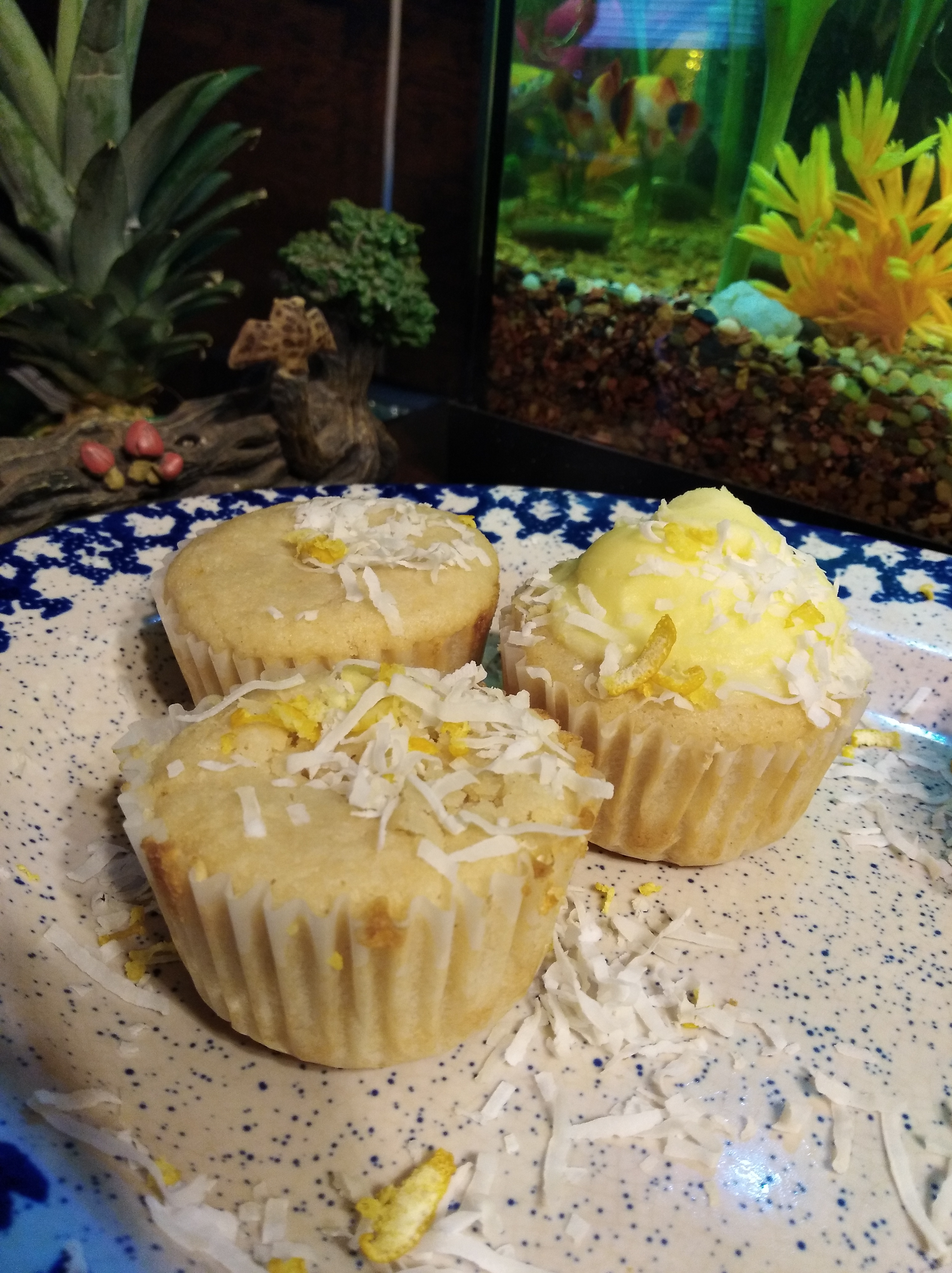 Vegan Lemon-Coconut Cupcakes