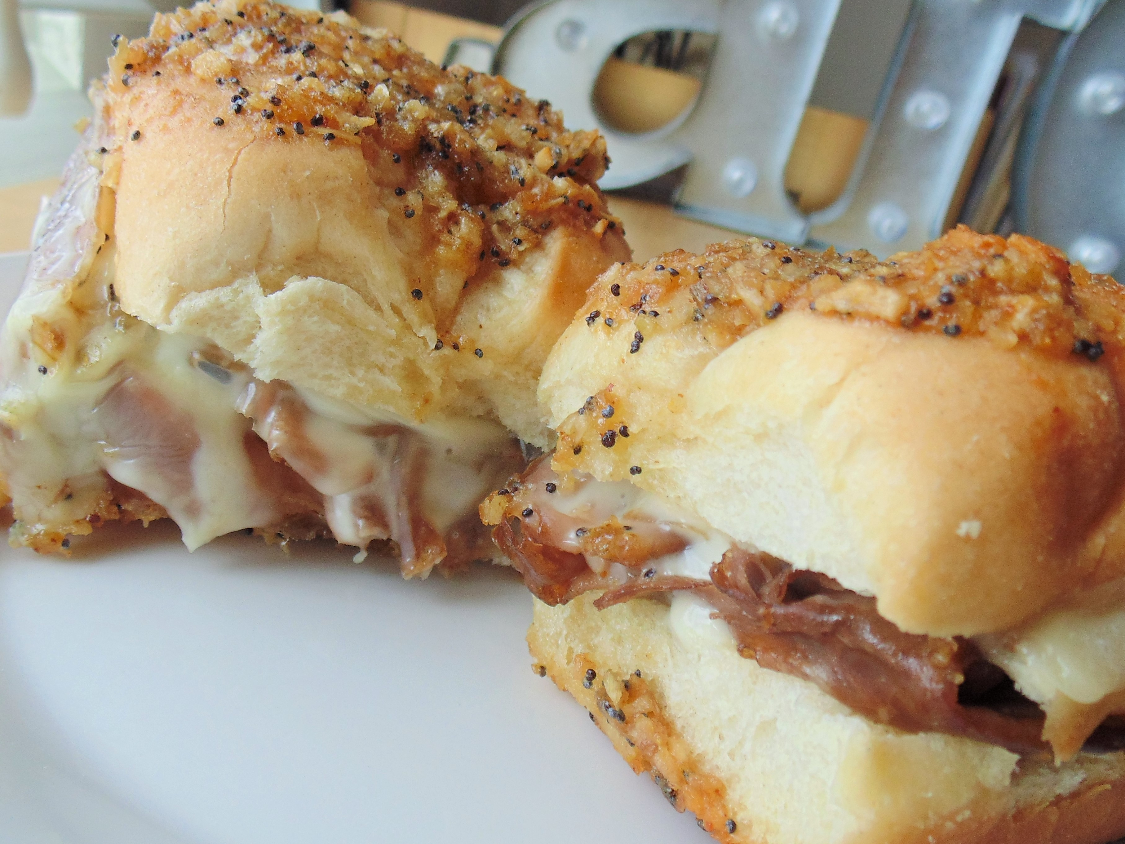Hawaiian Roll Roast Beef and Cheese Sandwiches Christina