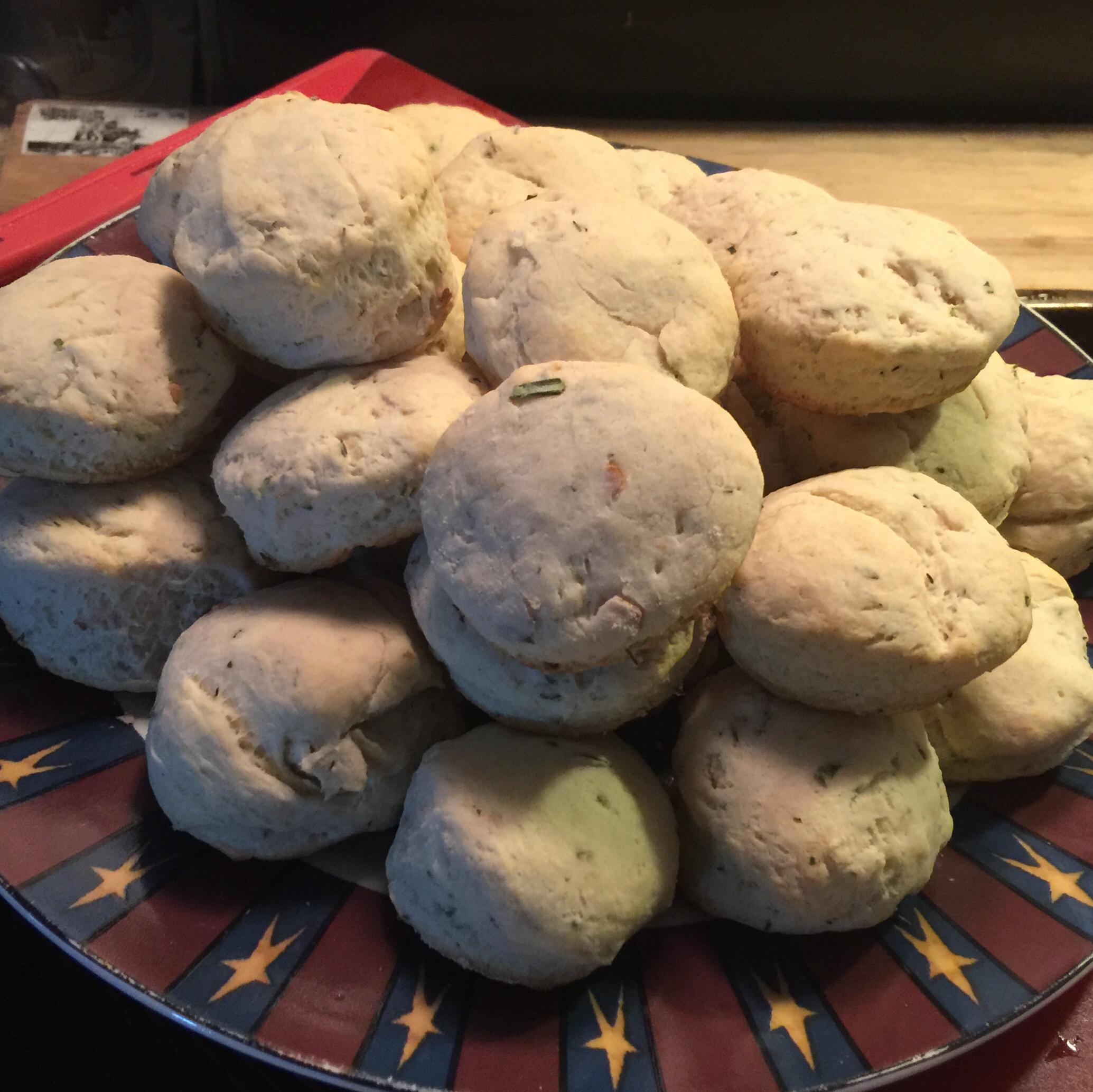 Herb Buttermilk Biscuits wintermaiden