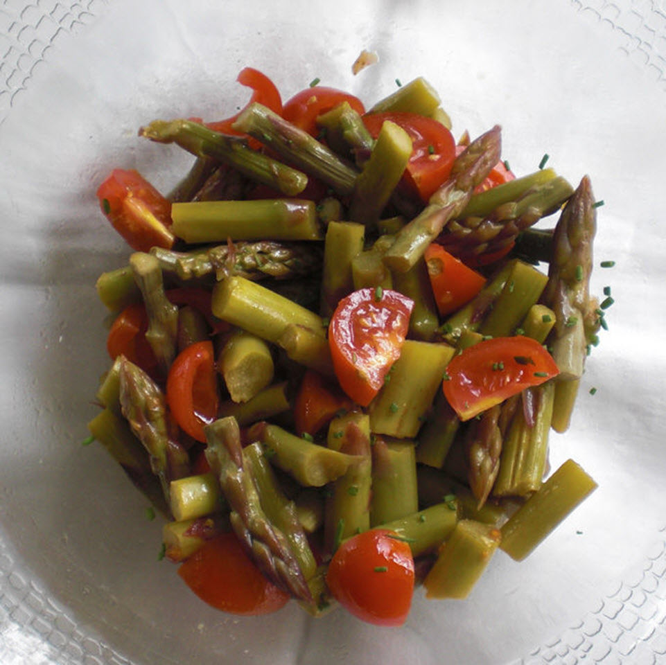 Warm Asparagus Salad with Tomatoes