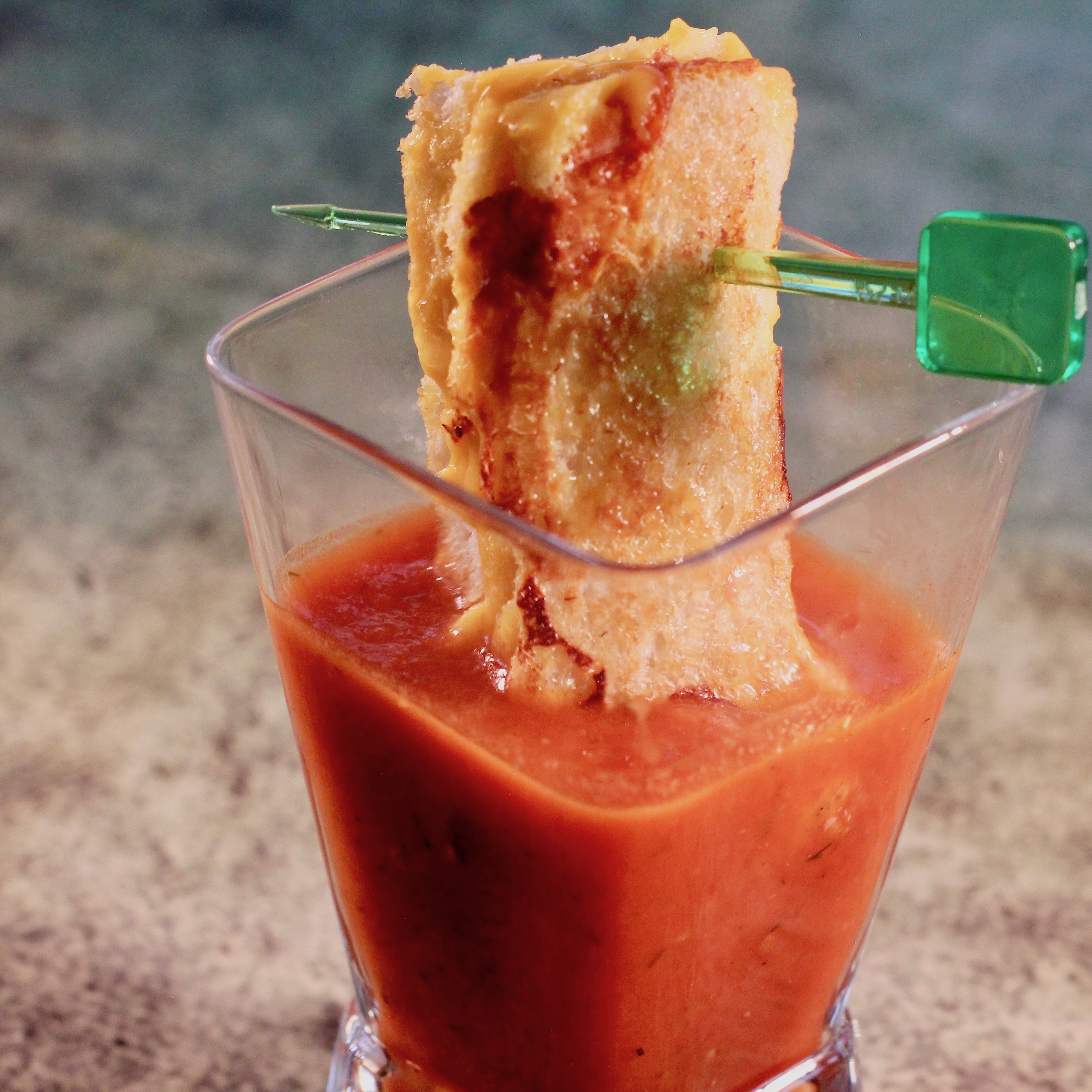 Grilled Cheese Shooters lutzflcat