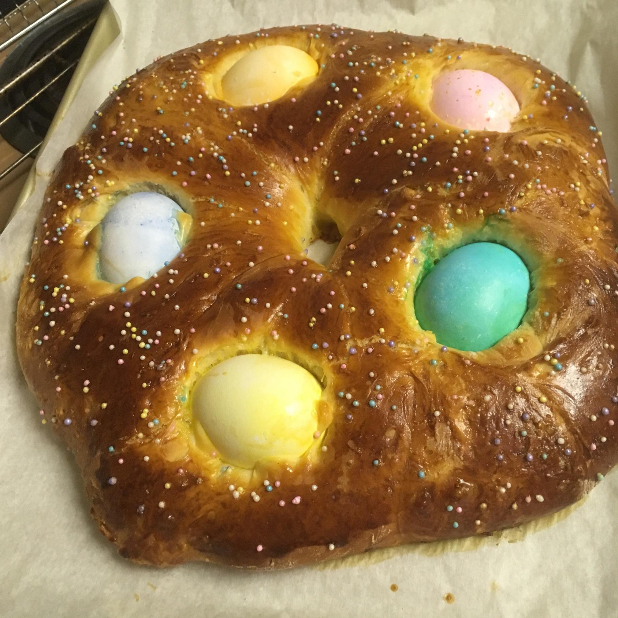Braided Easter Egg Bread opihi
