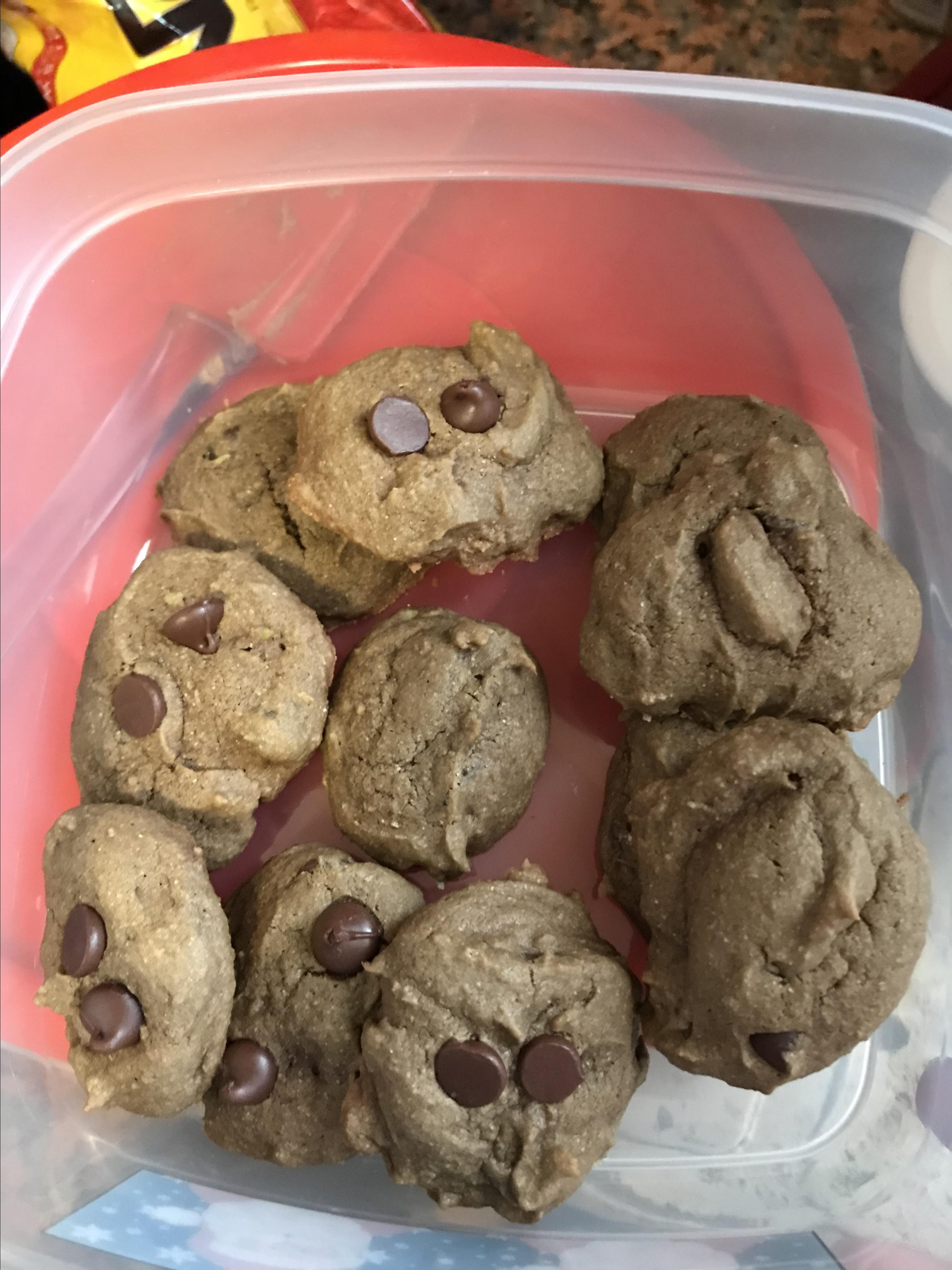 Chocolate Chip Cookies with Avocado kimmie