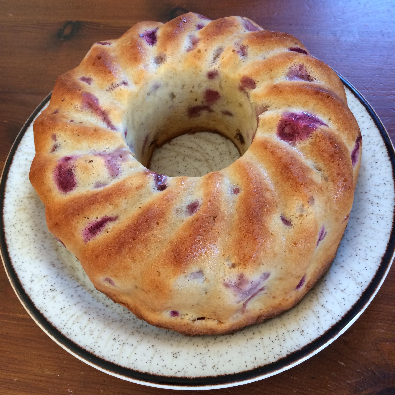 Amazing Strawberry Pound Cake